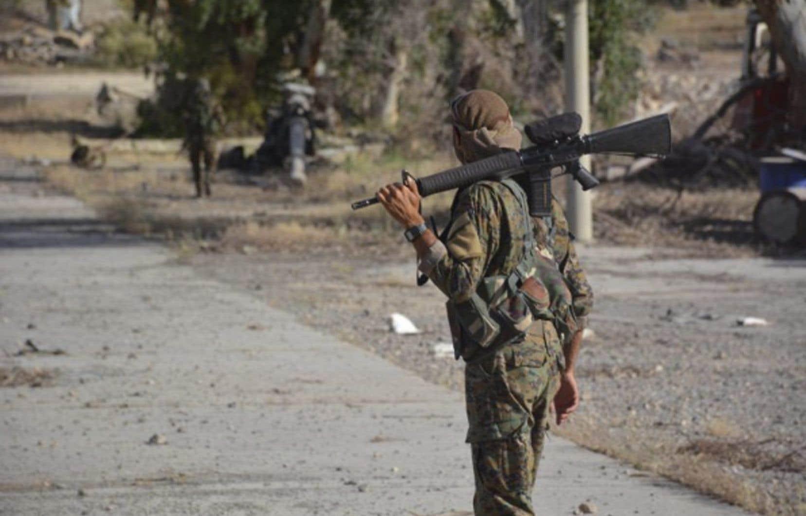 Les Forces démocratiques syriennes, une coalition kurdo-arabe soutenue par les États-Unis, se sont emparées mercredi de Tabqa et du barrage adjacent, le plus grand de Syrie.