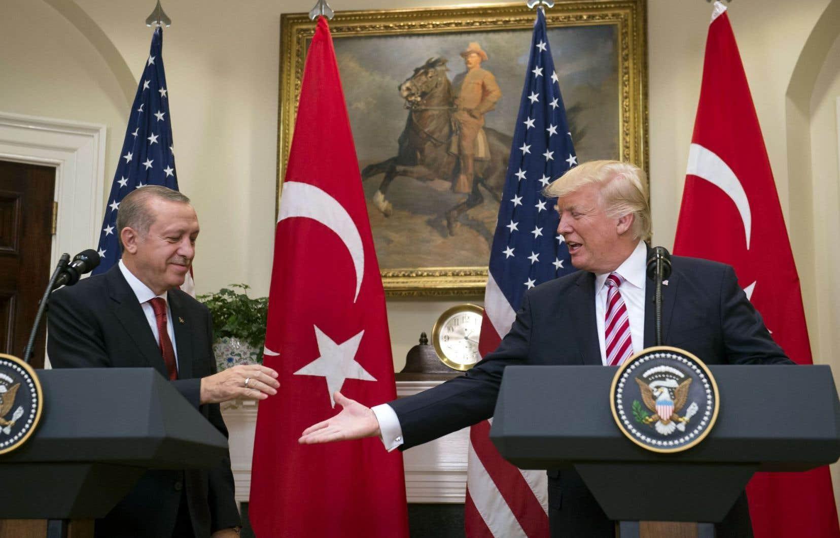 Recep Tayyip Erdogan a été reçu par Donald Trump mardi à Washington.