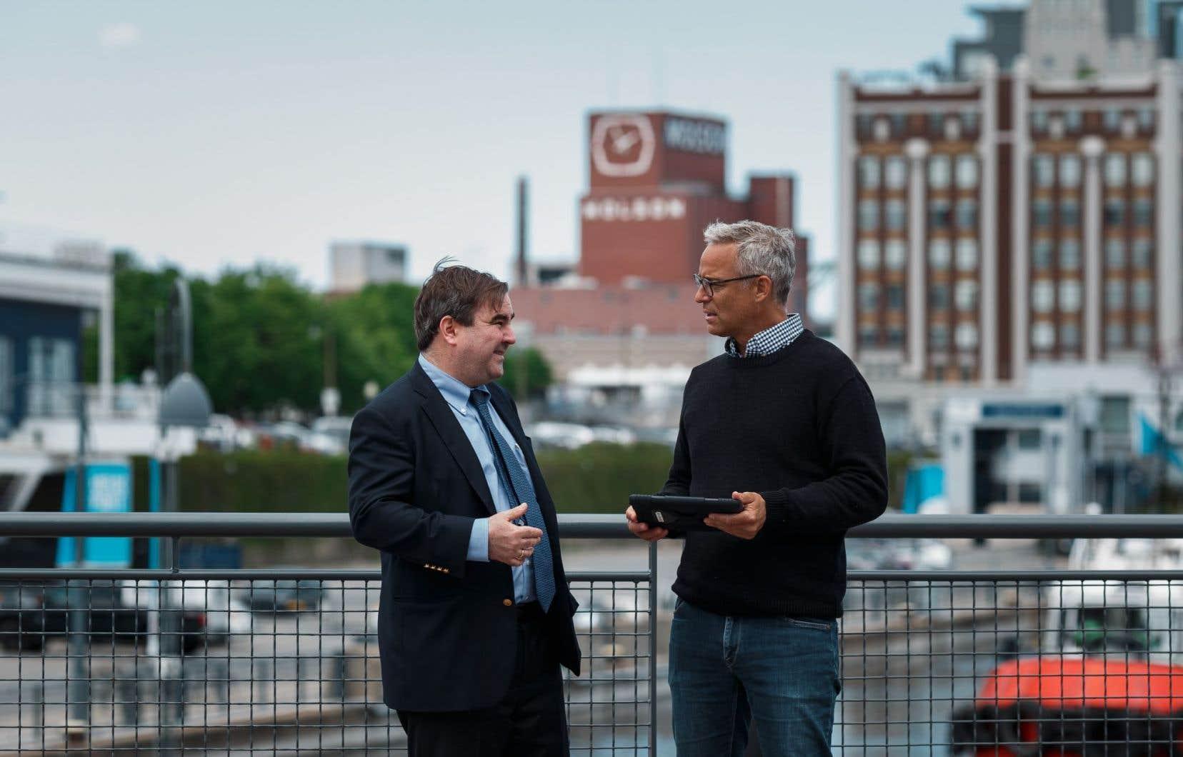 Andrew Molson présente son Montréal en compagnie de l'historien Martin Landry.
