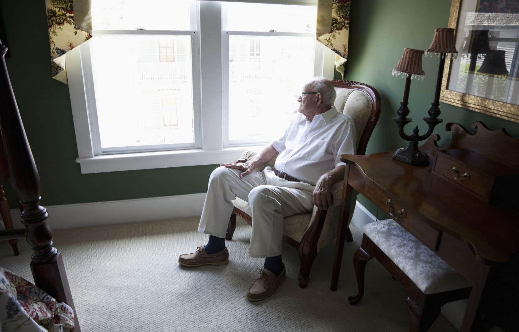 La loi 492 limite la possibilité pour un propriétaire d'évincer ou de reprendre le logement d'une personne âgée de 70ans ou plus qui occupe son logement depuis au moins dix ans et dont la situation financière est précaire.