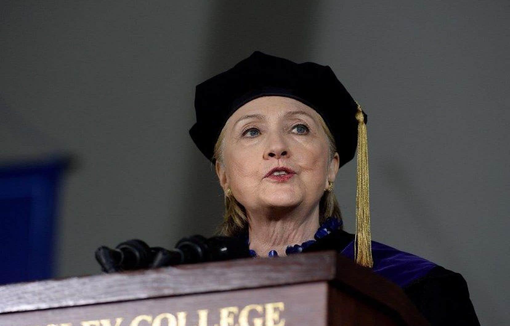 L'ancienne candidate démocrate à la présidence américaine, Hillary Clinton, lors d'un discours devant les diplômés de son ancienne université.