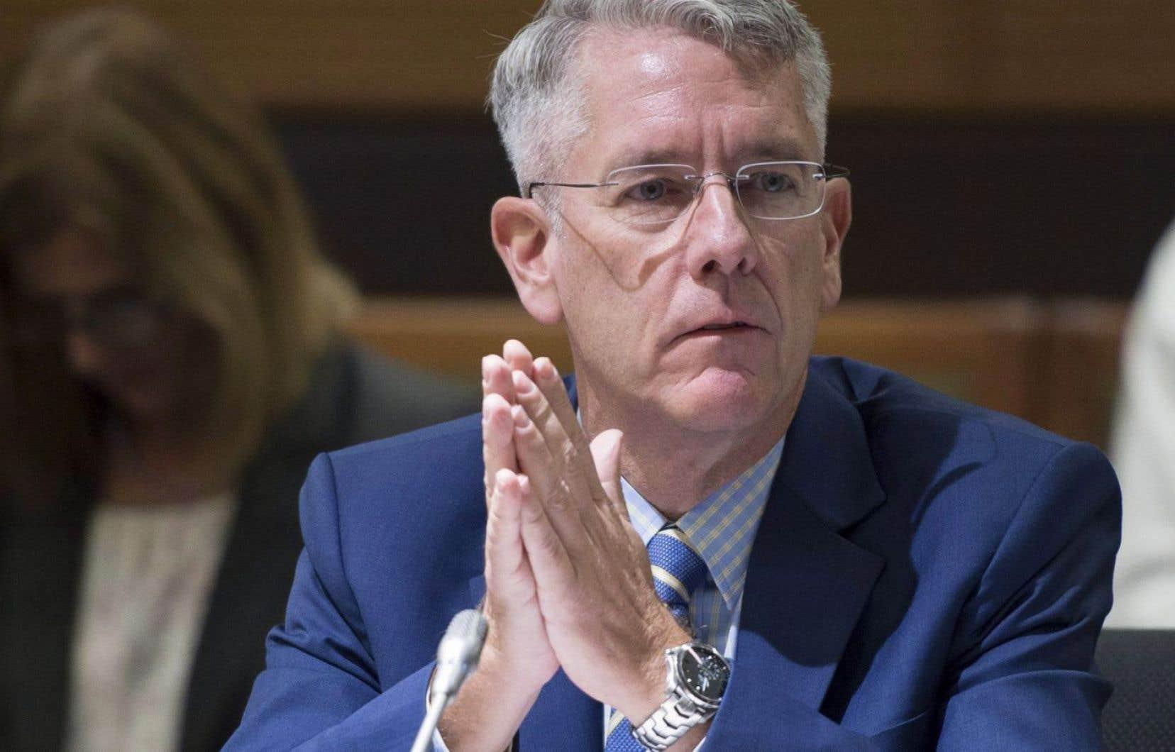 Le président du Conseil de la radiodiffusion et des télécommunications canadiennes, Jean-Pierre Blais