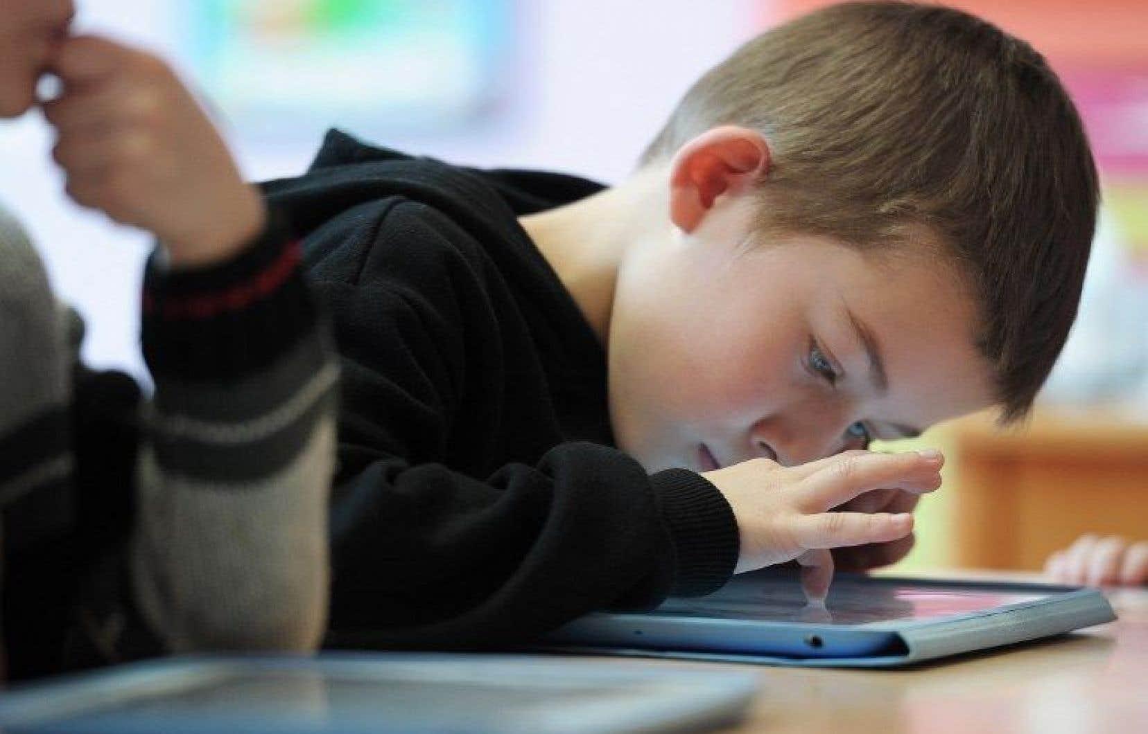 Selon une étude, seulement 15 pour cent des enfants d'âge préscolaire passent moins d'une heure par jour devant une télé ou une tablette.