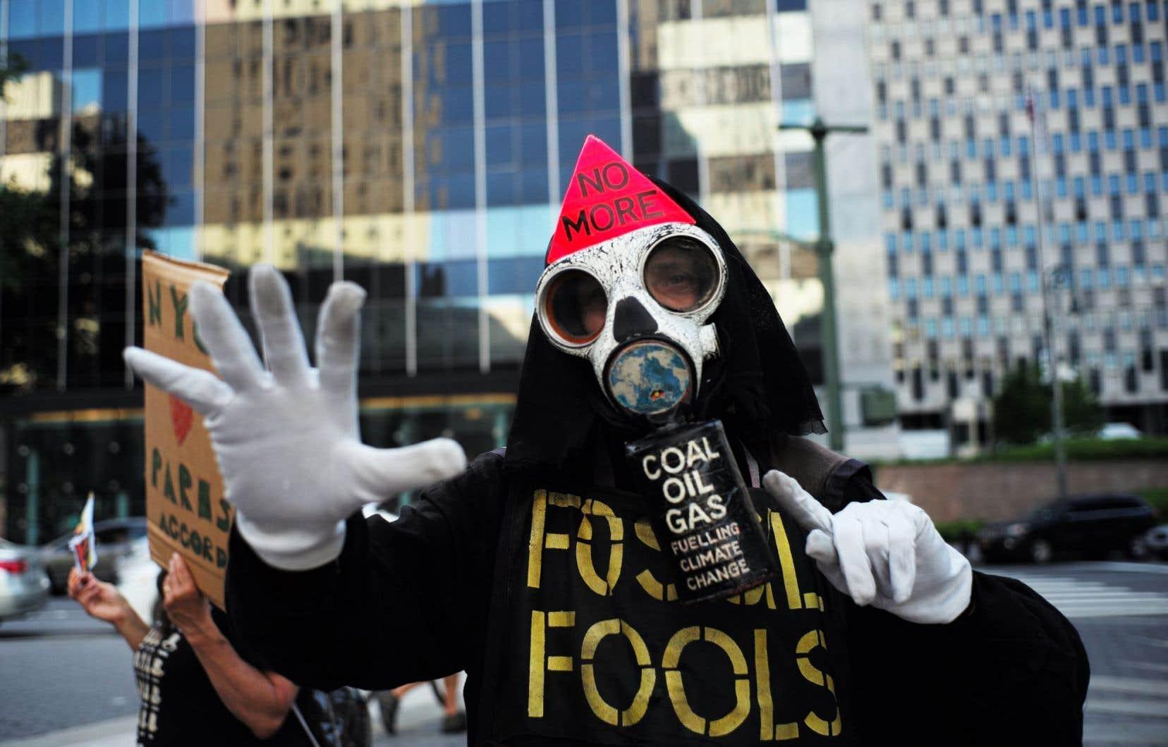 Élus, chefs d'entreprises et militants se mettaient vendredi en ordre de bataille pour lutter contre le changement climatique.