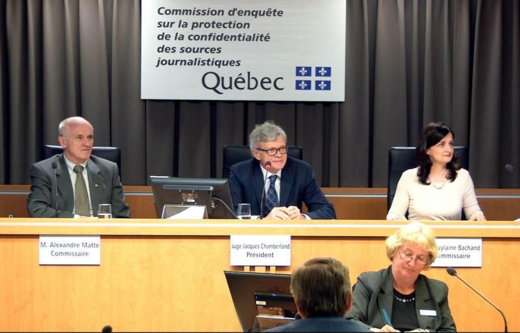 Les commissaires Alexandre Matte, Jacques Chamberland et Guylaine Bachand