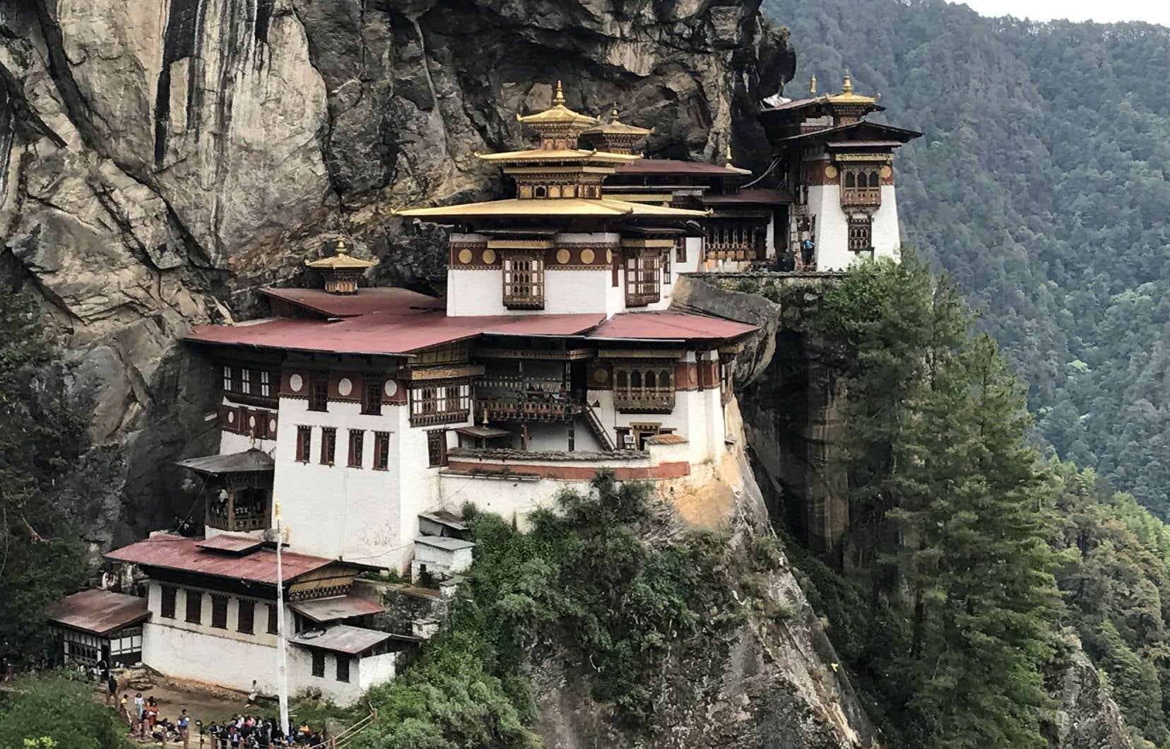 De tous les temples bhoutanais, Taktshang Goemba, alias le « nid du Tigre », est l'un des plus vénérés, et certainement le plus visité.