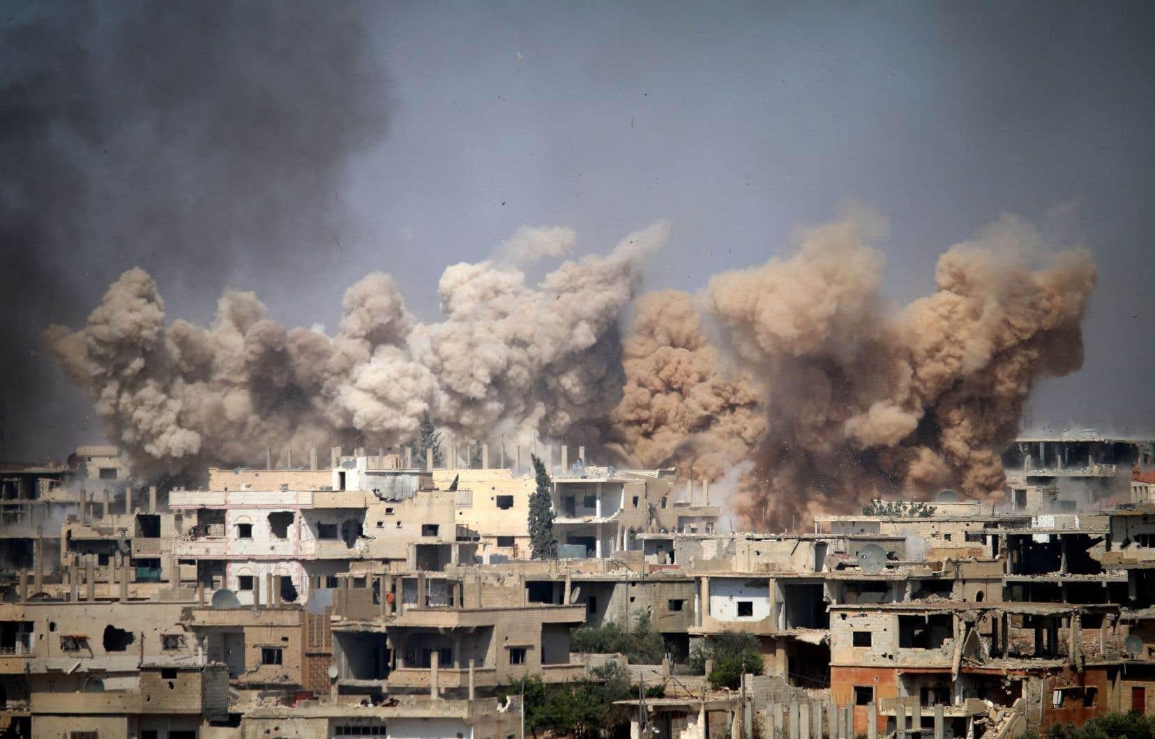 «L'issue de la guerre à l'ouest [en Syrie] est pratiquement scellée: les djihadistes, toutes obédiences confondues, sont mis en échec», écrit Samir Saul.