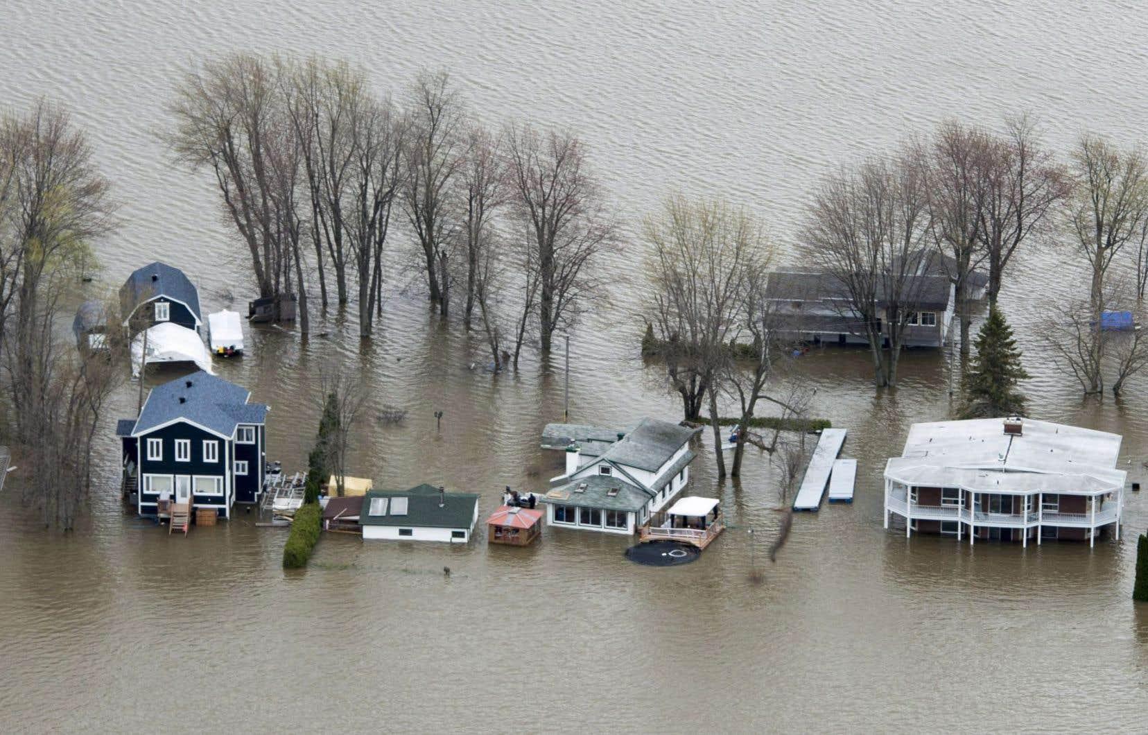 Les crues du printemps dernier ont touché 278 municipalités et ont forcé l'évacuation de plus de 4000 citoyens.