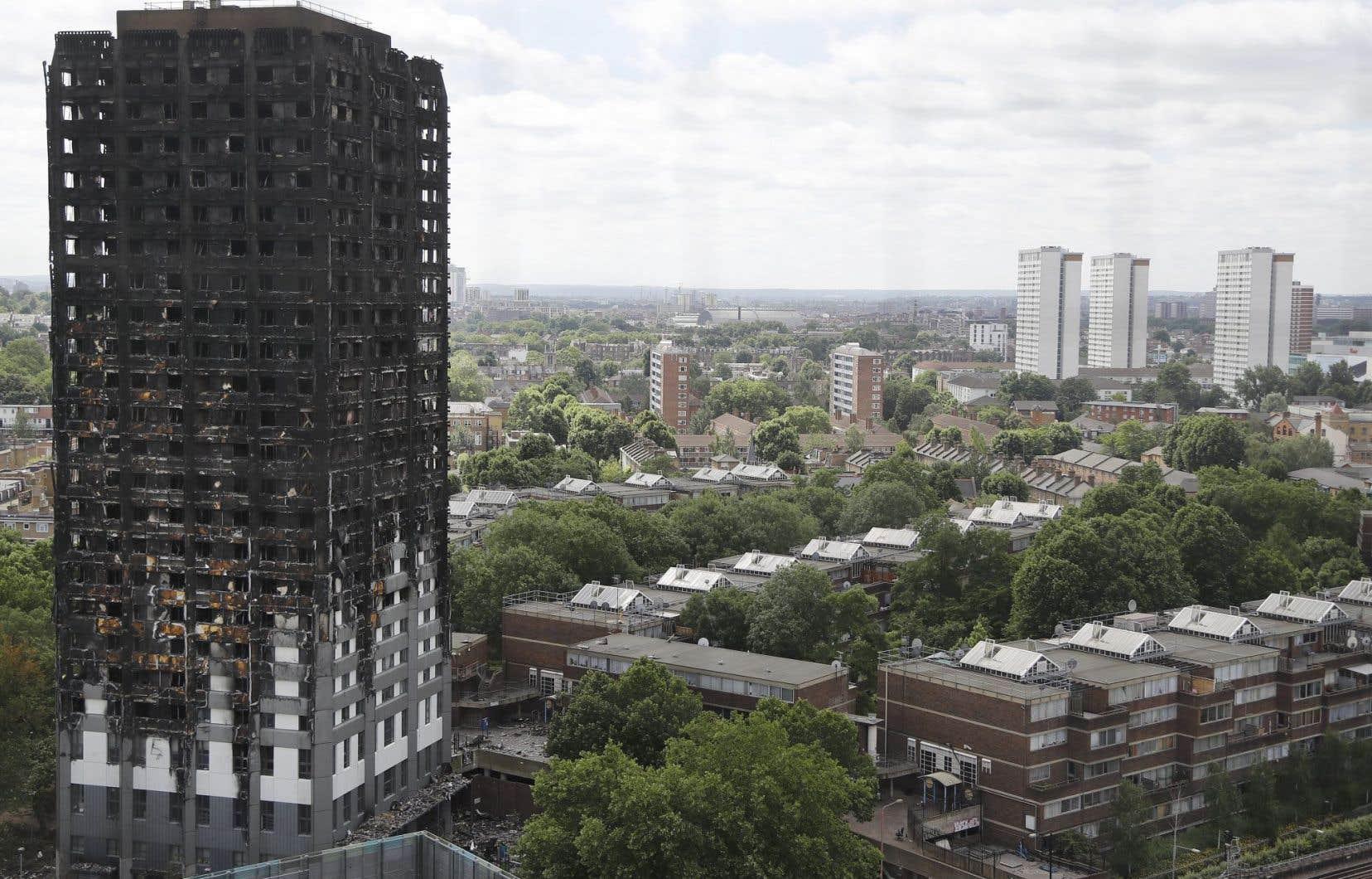 Le congélateur d'un réfrigérateur pourrait être la cause de l'incendie de la tour Grenfell, selon les enquêteurs britanniques.