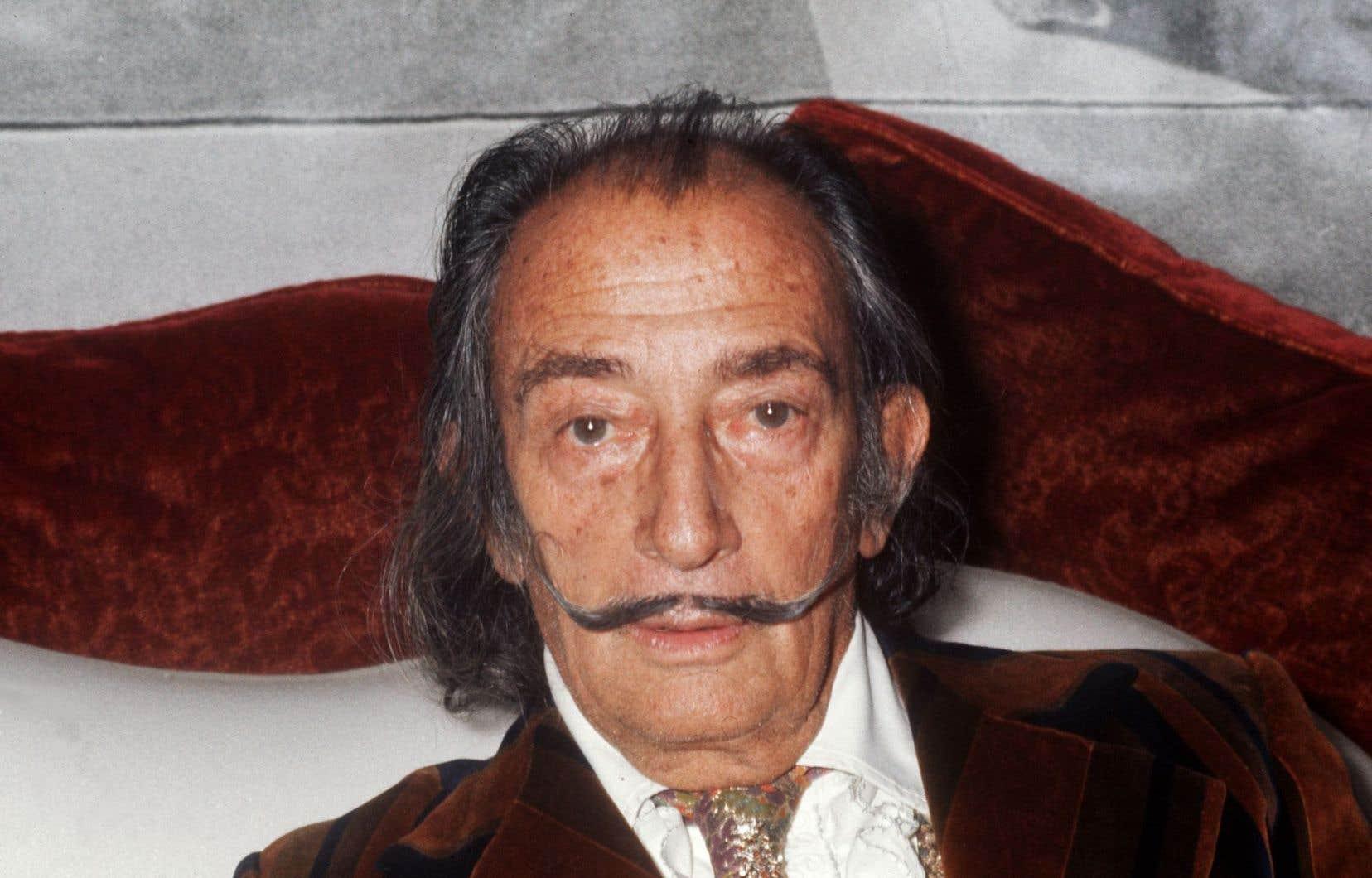 L'artiste catalan Salvador Dalí est mort à 84ans le 24janvier 1989 dans un hôpital de Figueras.