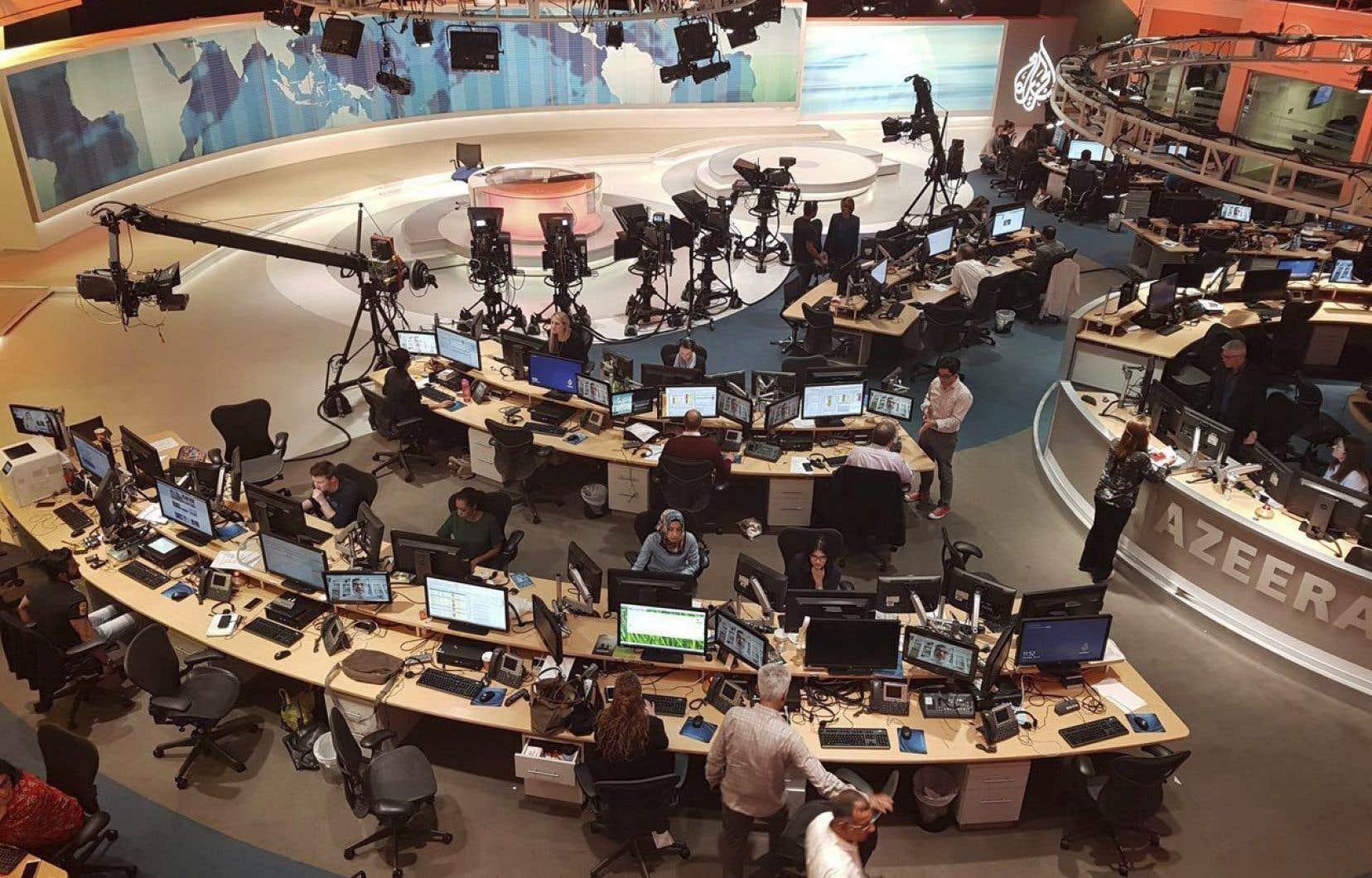 En 1996, la création de la chaîne d'information Al-Jazira fut un tournant majeur dans les relations entre le Qatar et l'Arabie saoudite.