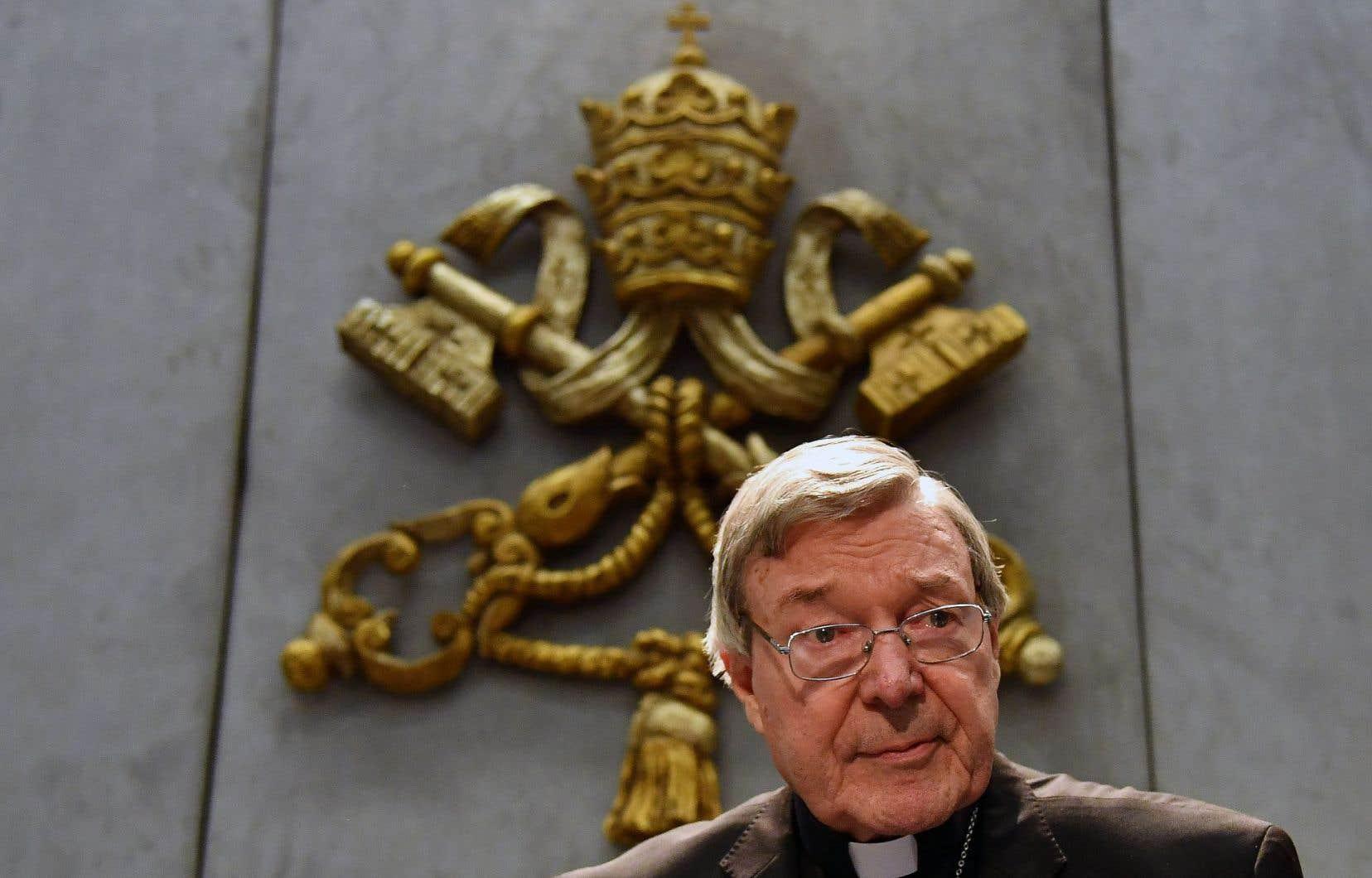 Le cardinal George Pell, responsable des dossiers économiques au Vatican, comparaîtra le 18juillet devant la justice australienne pour de multiples sévices sexuels sur mineurs.