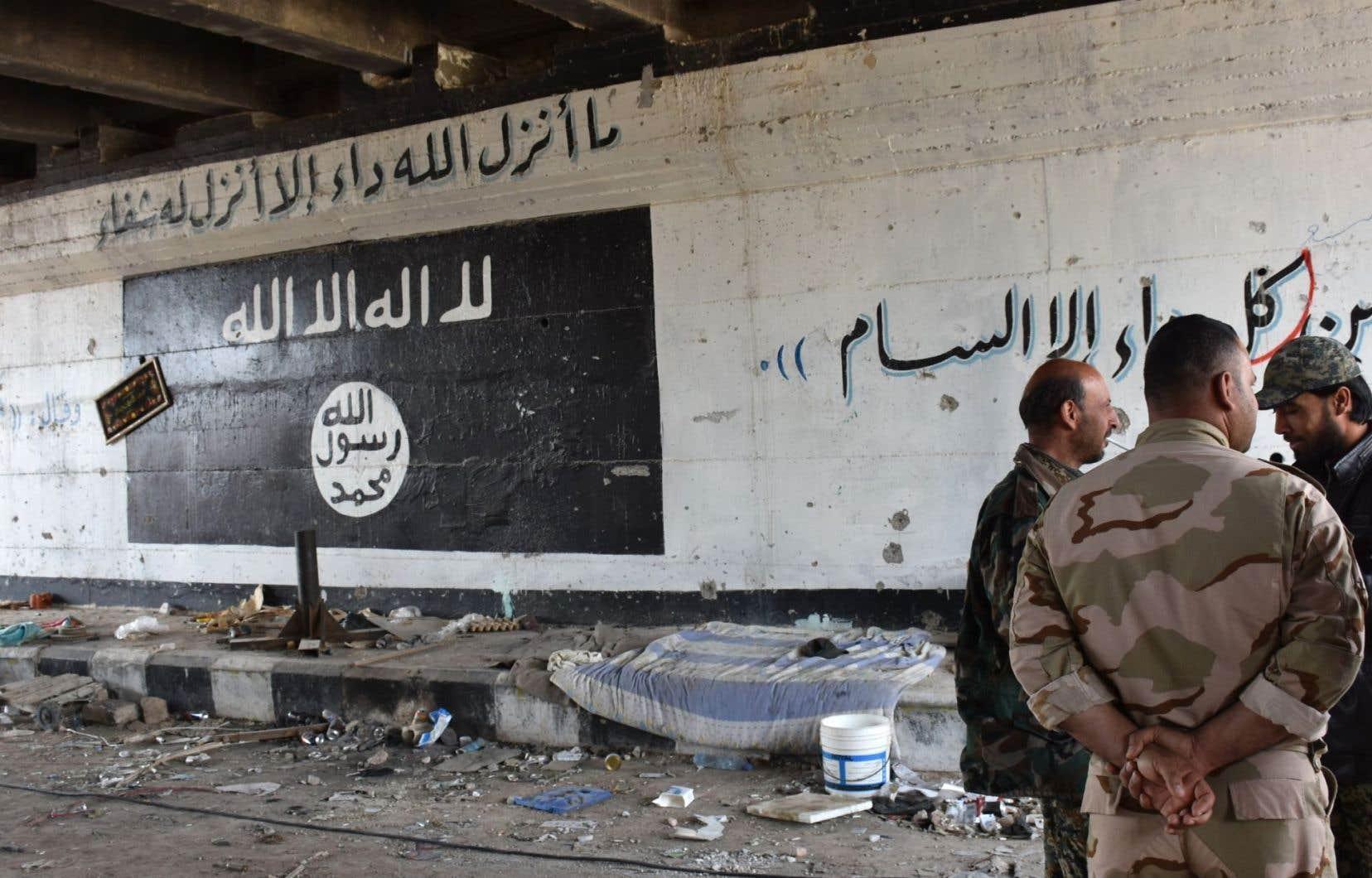 Le groupe armé État islamique «s'est complètement retiré de la province d'Alep», en Syrie, selonl'Observatoire syrien des droits de l'homme.
