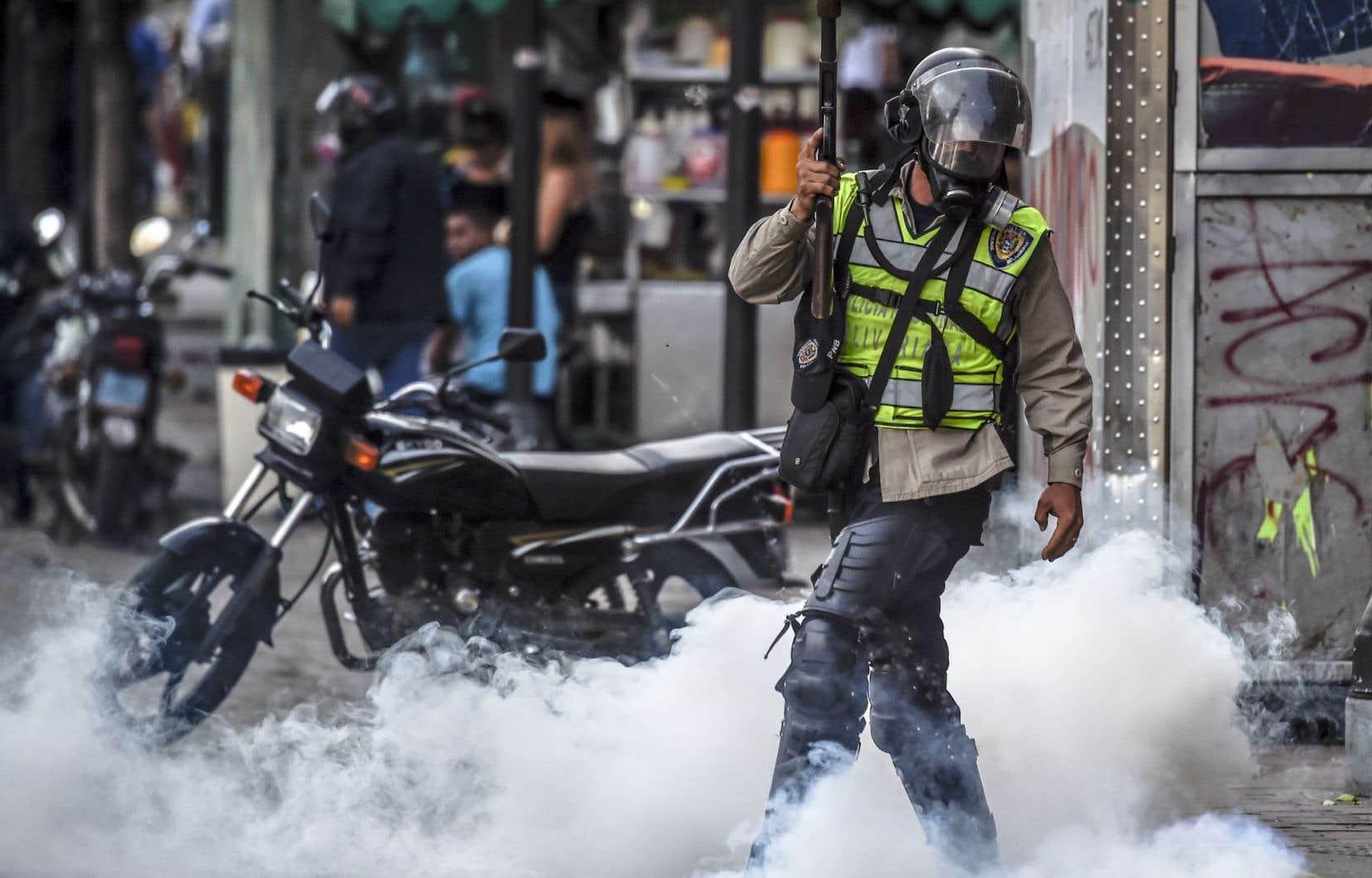 Le mouvement de protestation contre M.Maduro a commencé le 1eravril et se traduit par des manifestations quasi-quotidiennes.