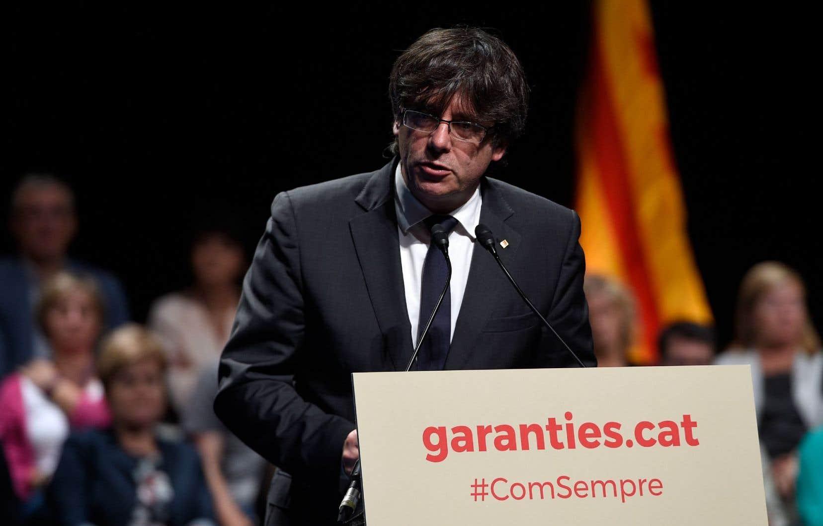 Le président séparatiste de Catalogne, Carles Puigdemont