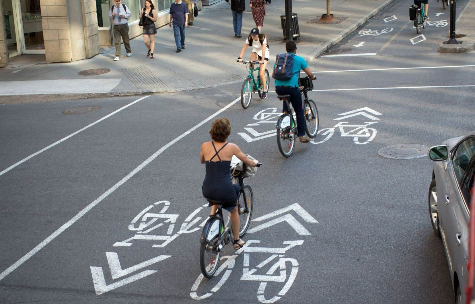 Les cyclistes auraient accès à 1166 kilomètres de pistes cyclables.