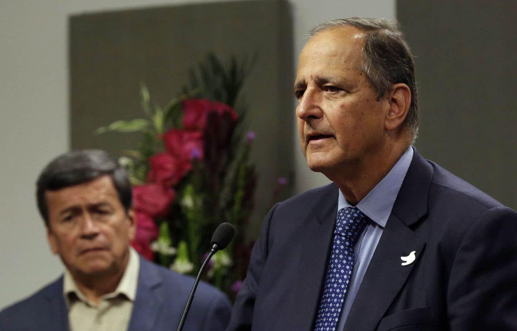 Le négociateur en chef du gouvernement colombien, Juan Camilo Restrepo