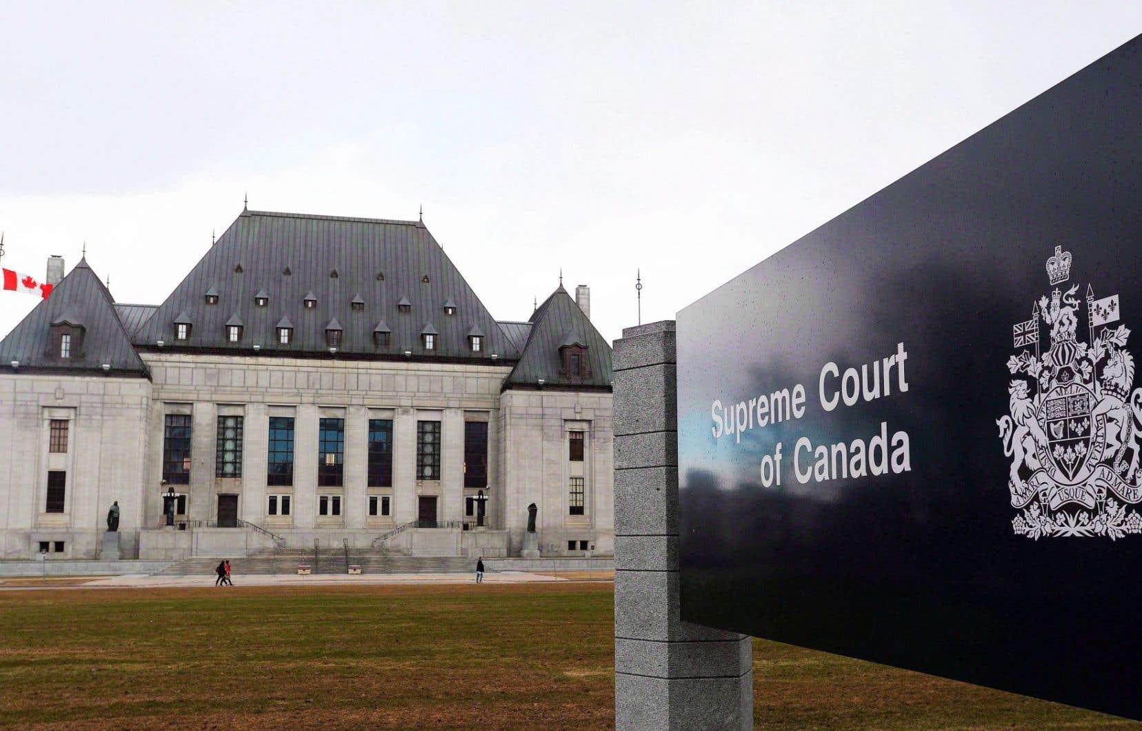 Le Canada a envoyé un signal fort en matière de commerce électronique et de protection de la vie privée, jugent les auteurs.