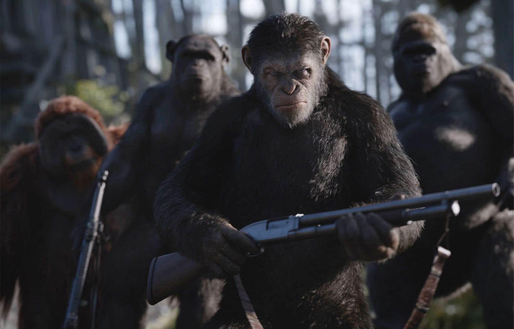 Les primates possèdent ici le monopole de la vertu et de la haine, de l'intelligence stratégique et celle du cœur.