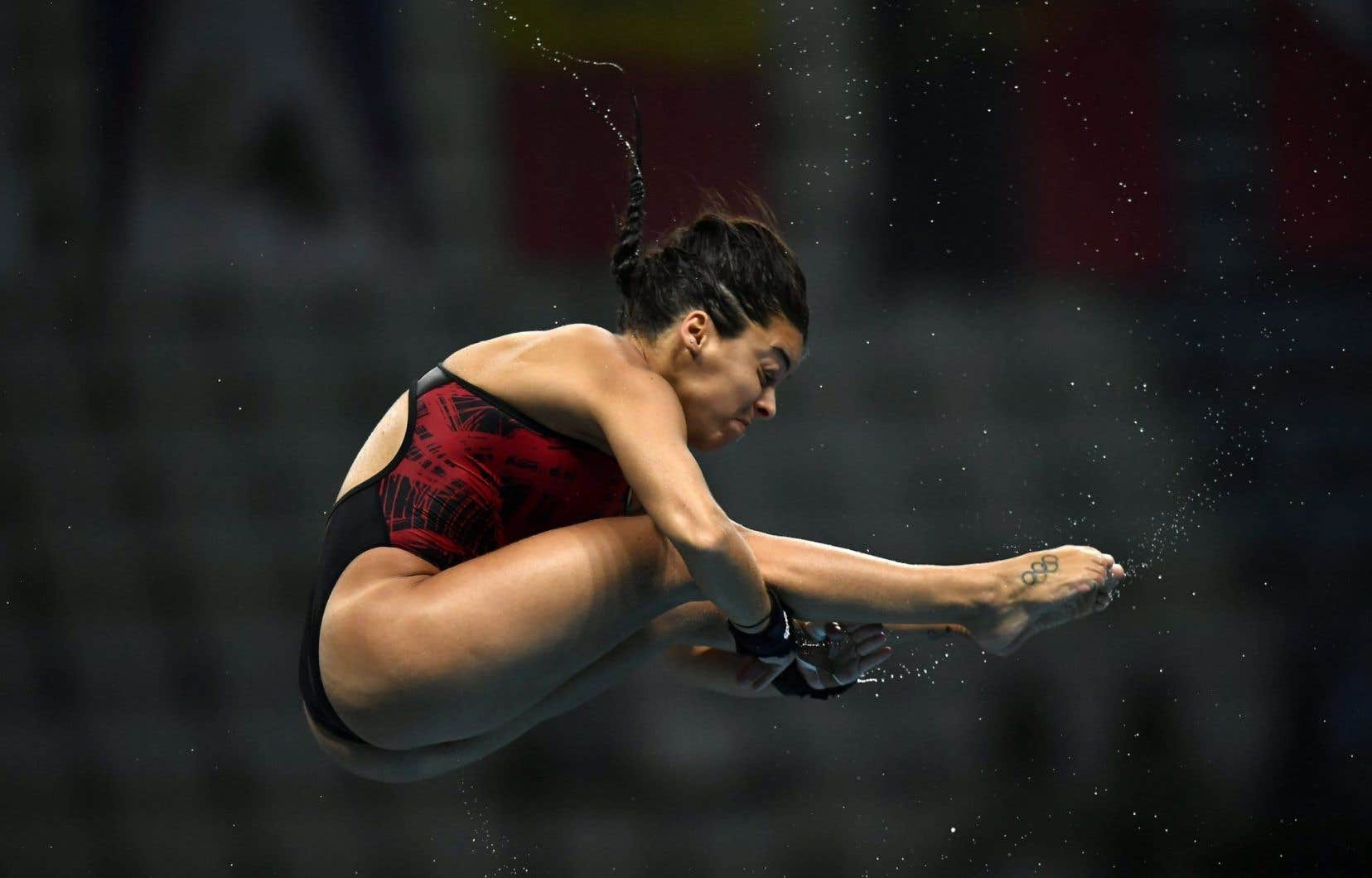 La Canadienne Meaghan Benfeito lors des demi-finales féminines de plongeon de la plate-forme de 10 mètres