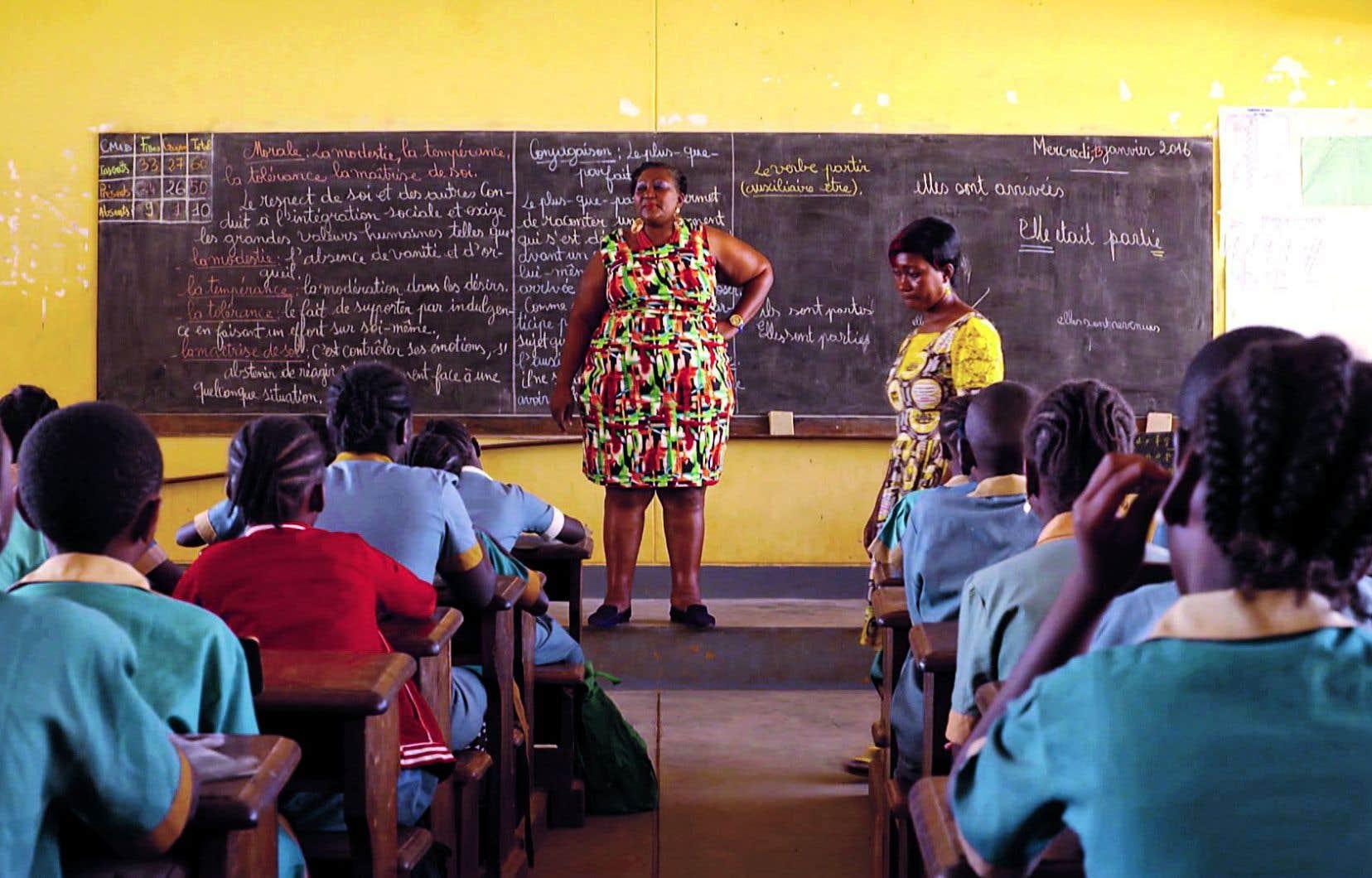 Grâce à l'engagement d'Hawaou Adamou, 9000 jeunes filles au Cameroun ont été scolarisées.