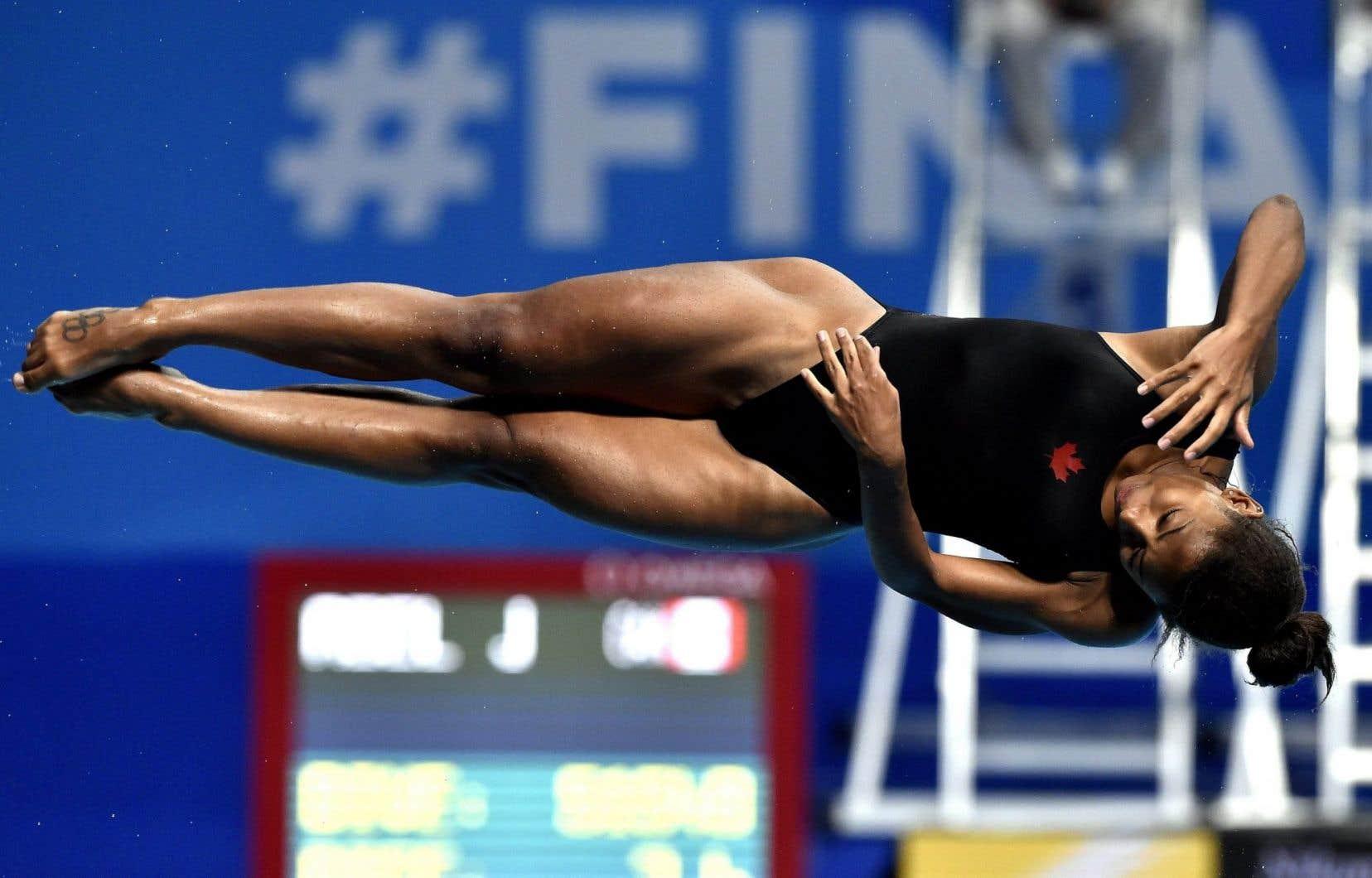 Jennifer Abela terminé en quatrième place avec 337,60 points.