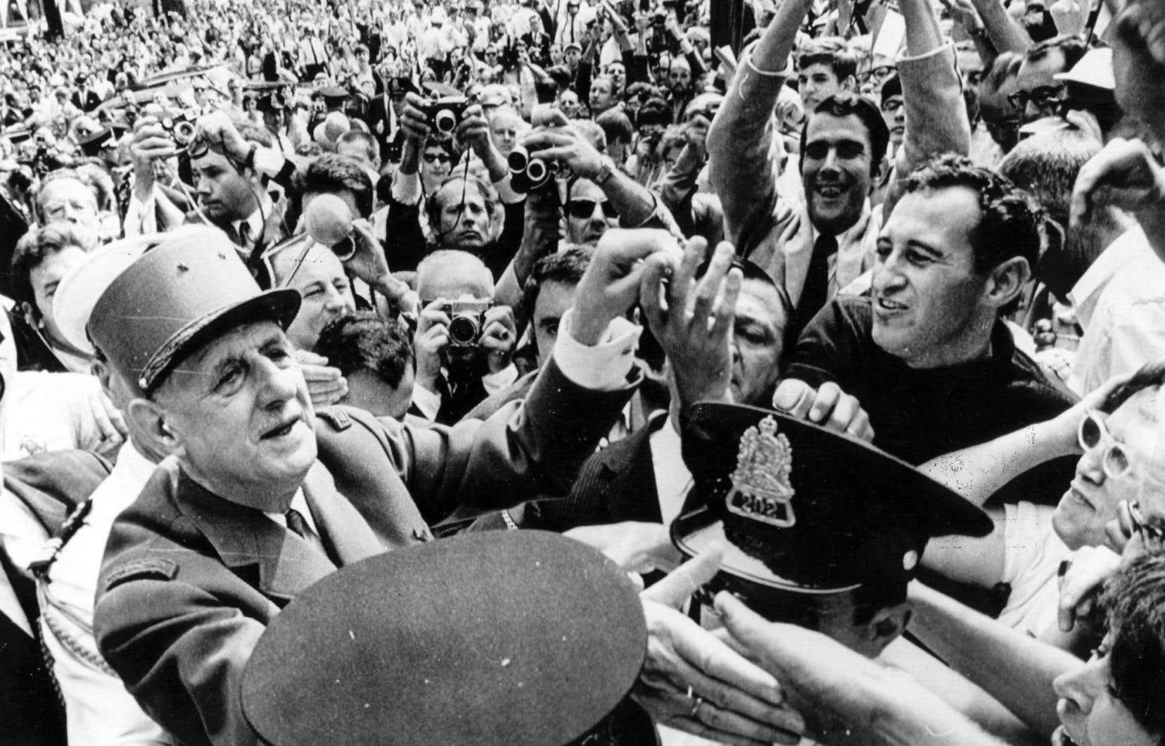 La qualité de l'enthousiasme, la surprenante participation populaire ont saisi d'étonnement la presse étrangère qui avait dépêché quelque 300 journalistes pour couvrir l'accueil réservé par les Québécois au général de Gaulle.