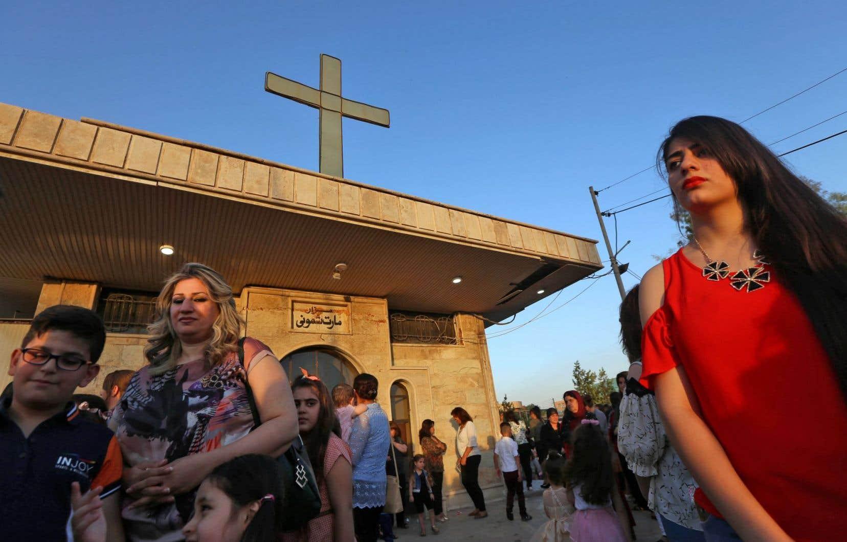 «Alors qu'ils étaient quelque 1,5million en 2003, les chrétiens d'Irak sont à peine 250000 aujourd'hui, dont la moitié a été déplacée de force par le groupe État islamique en 2014», remarque l'auteur.