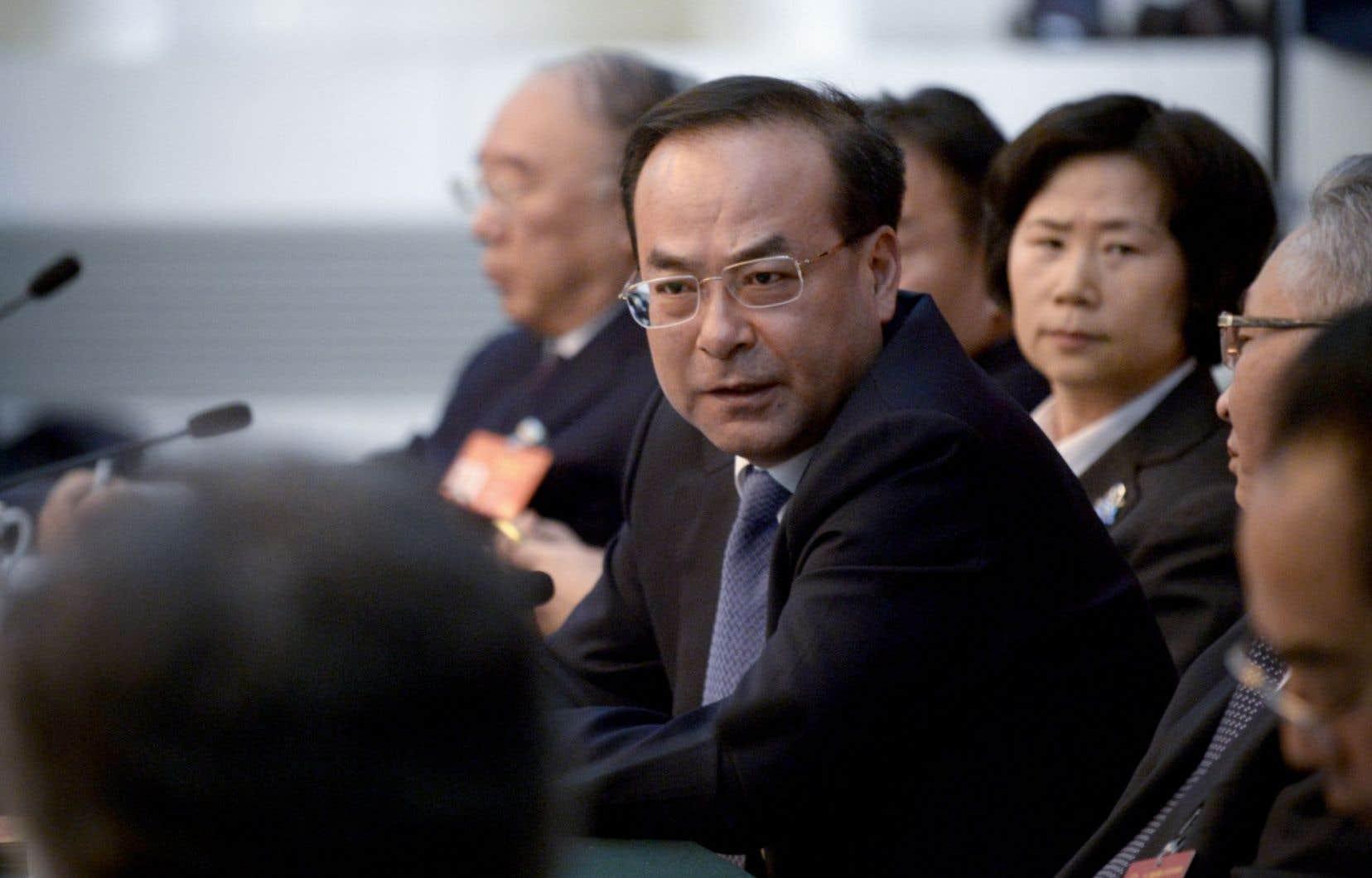 <p>À 53ans, Sun Zhengcai était le benjamin du bureau politique du PCC.</p>