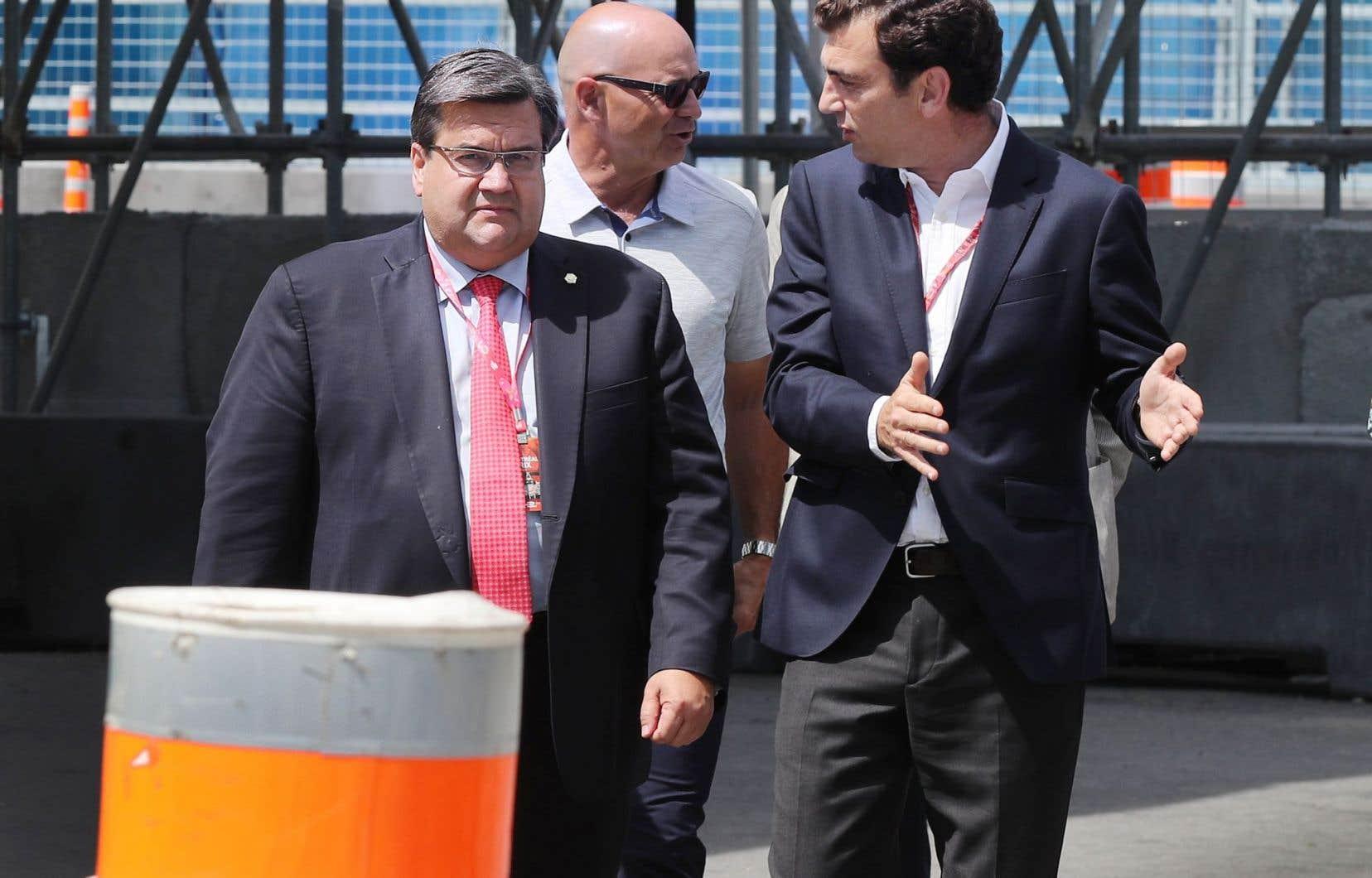 Le maire Denis Coderre en compagnie du promoteur de la Formule E, Alejandro Agag