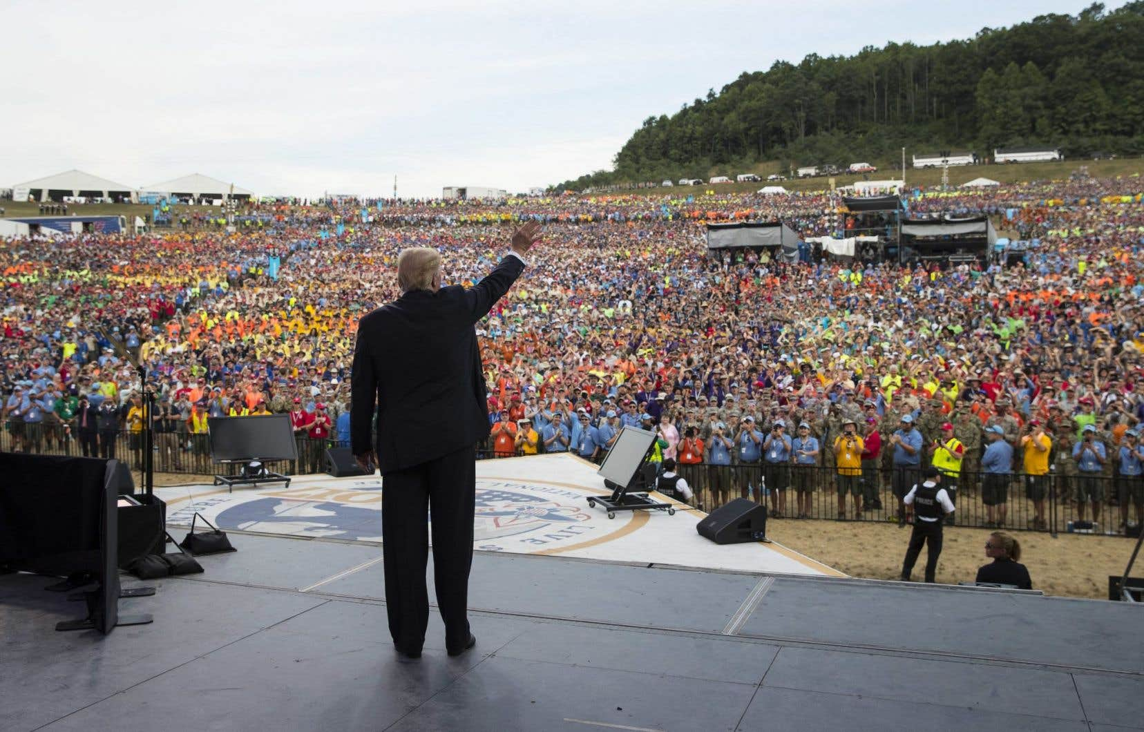 Le président américain, Donald Trump, lors d'un rassemblement de scouts en Virginie-Occidentale, lundi