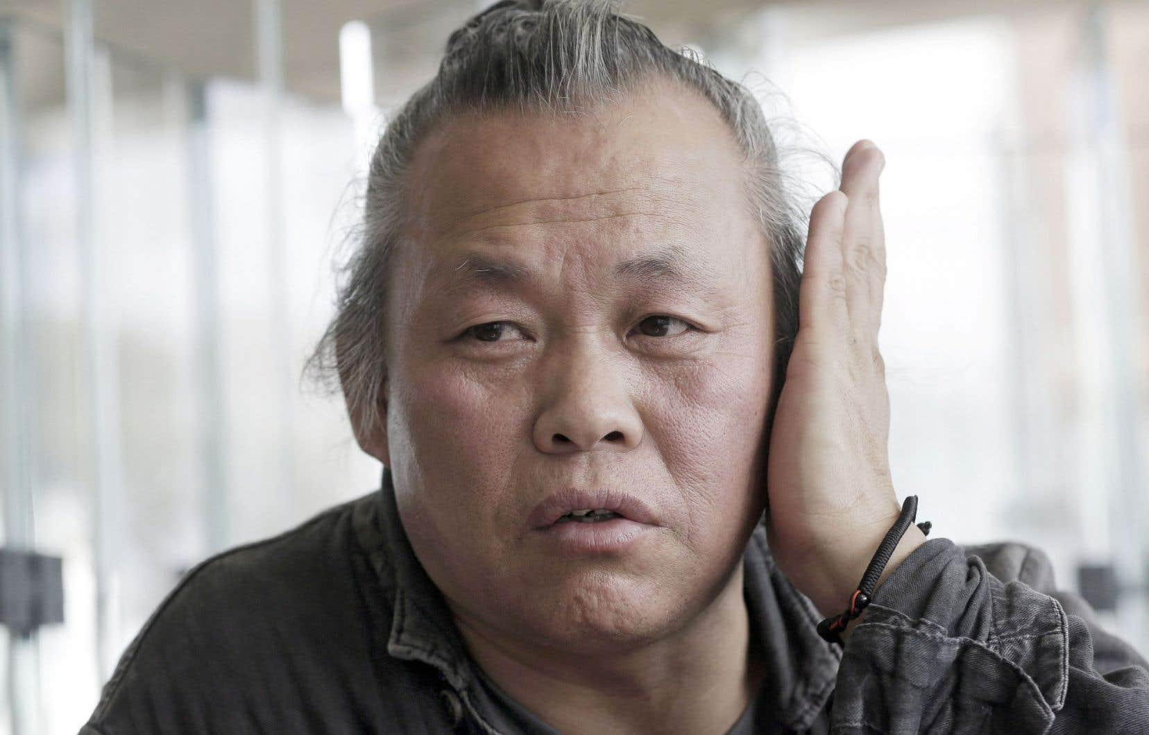 Dans un communiqué, Kim Ki-duk a déclaré jeudi qu'il «assumerait ses responsabilités pour ses manquements» tout en démentant les accusations d'agression.