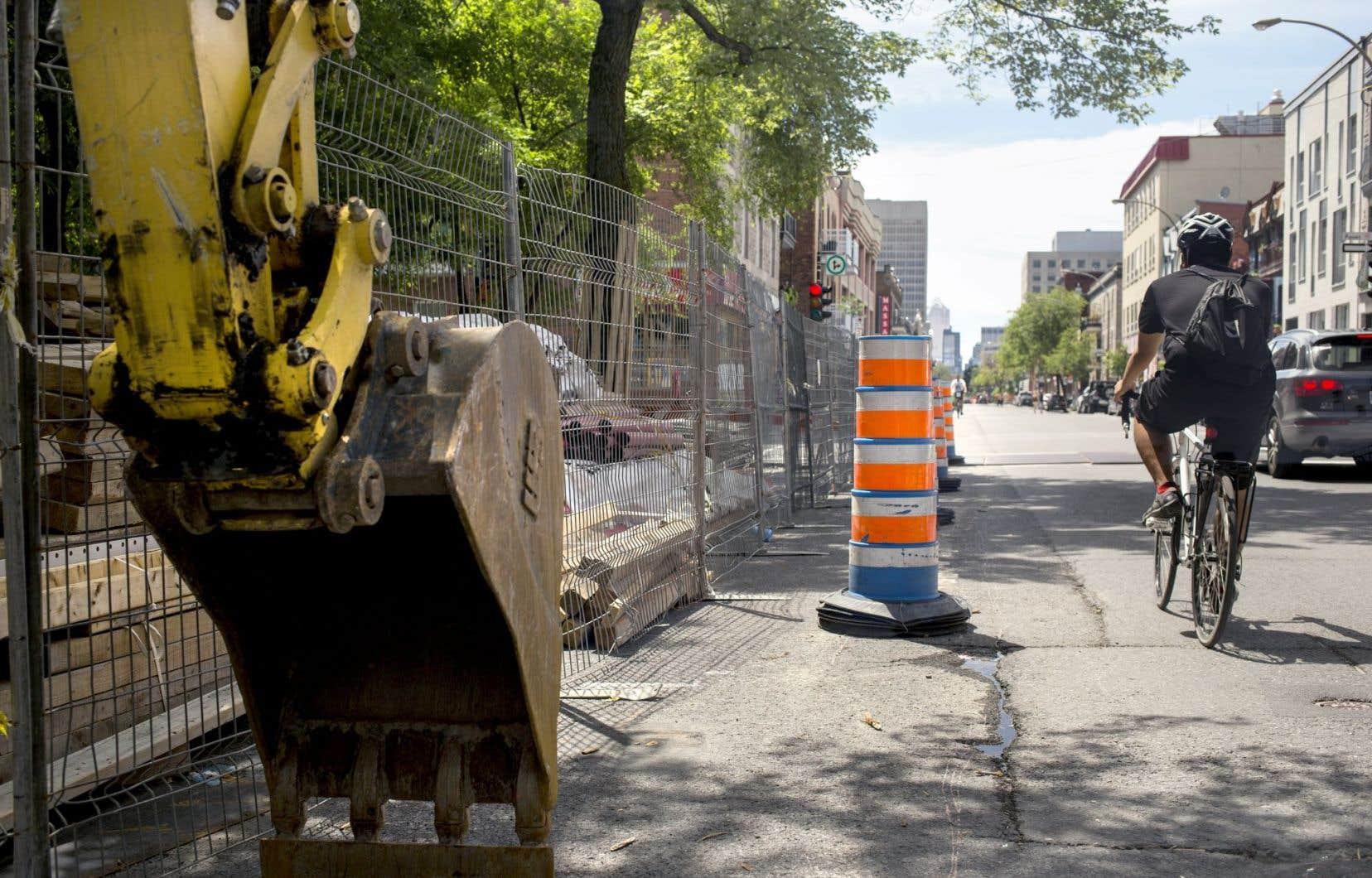 Lancé en 2007, un plan d'action de la Ville de Montréal prévoit de remplacer toutes les entrées de service en plomb (ESP) de son réseau d'ici 2026.