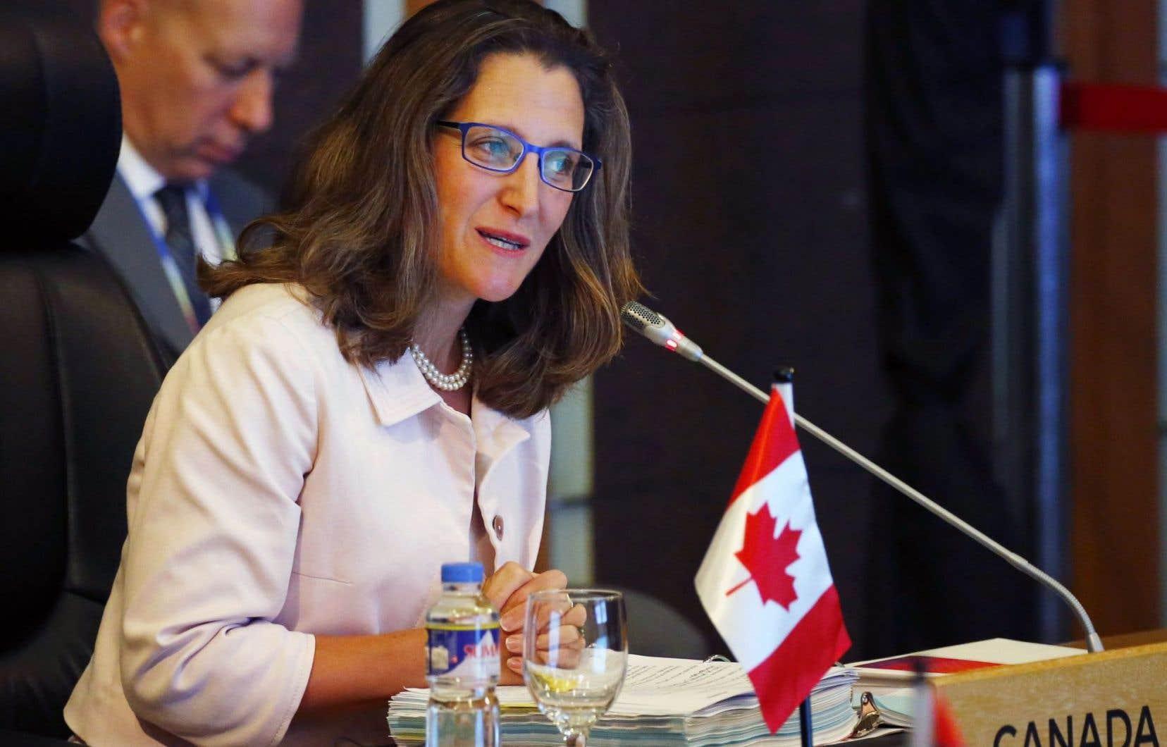 La ministre des Affaires étrangères, Chrystia Freeland, à Manille