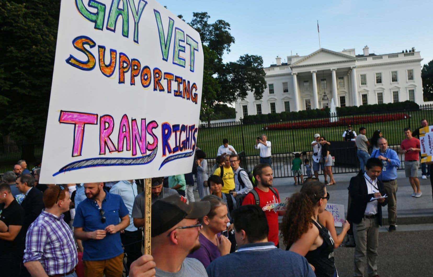 Les personnes transgenres peuvent être membres de l'armée américaine depuis juin 2016, mais le président Trump a annoncé son intention de mettre fin à cette politique.
