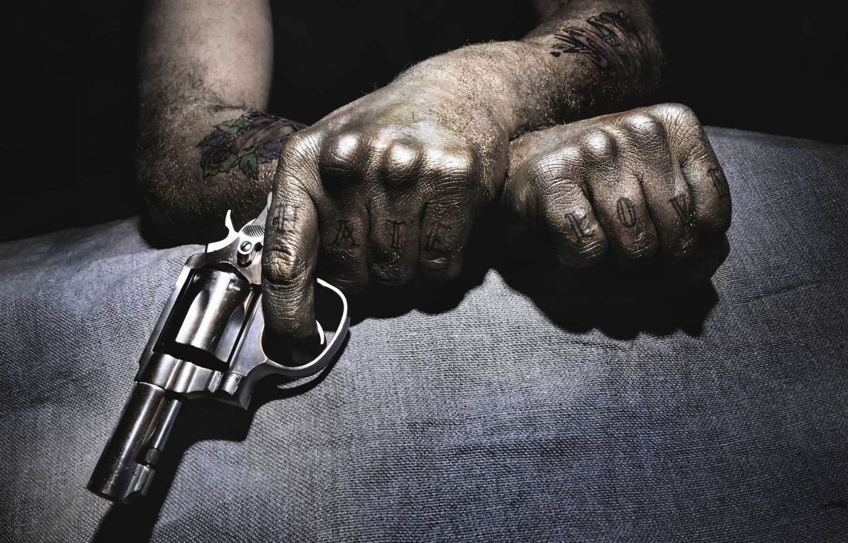 Enlèvements et exécutions se succèdent sous le regard du chroniqueur sportif d'un journal mexicain.