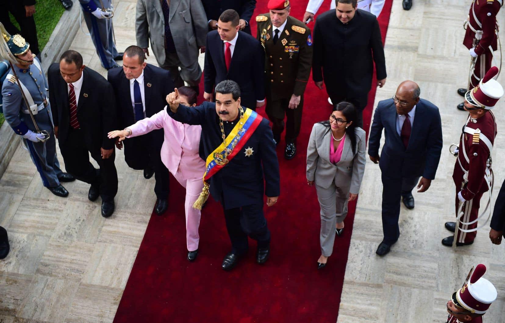 Le gouvernement du président Nicolás Maduro, aux prises avec une vague de manifestations qui a fait 125 morts en 4 mois, a accusé Donald Trump de mettre en péril la paix et la stabilité en Amérique latine.