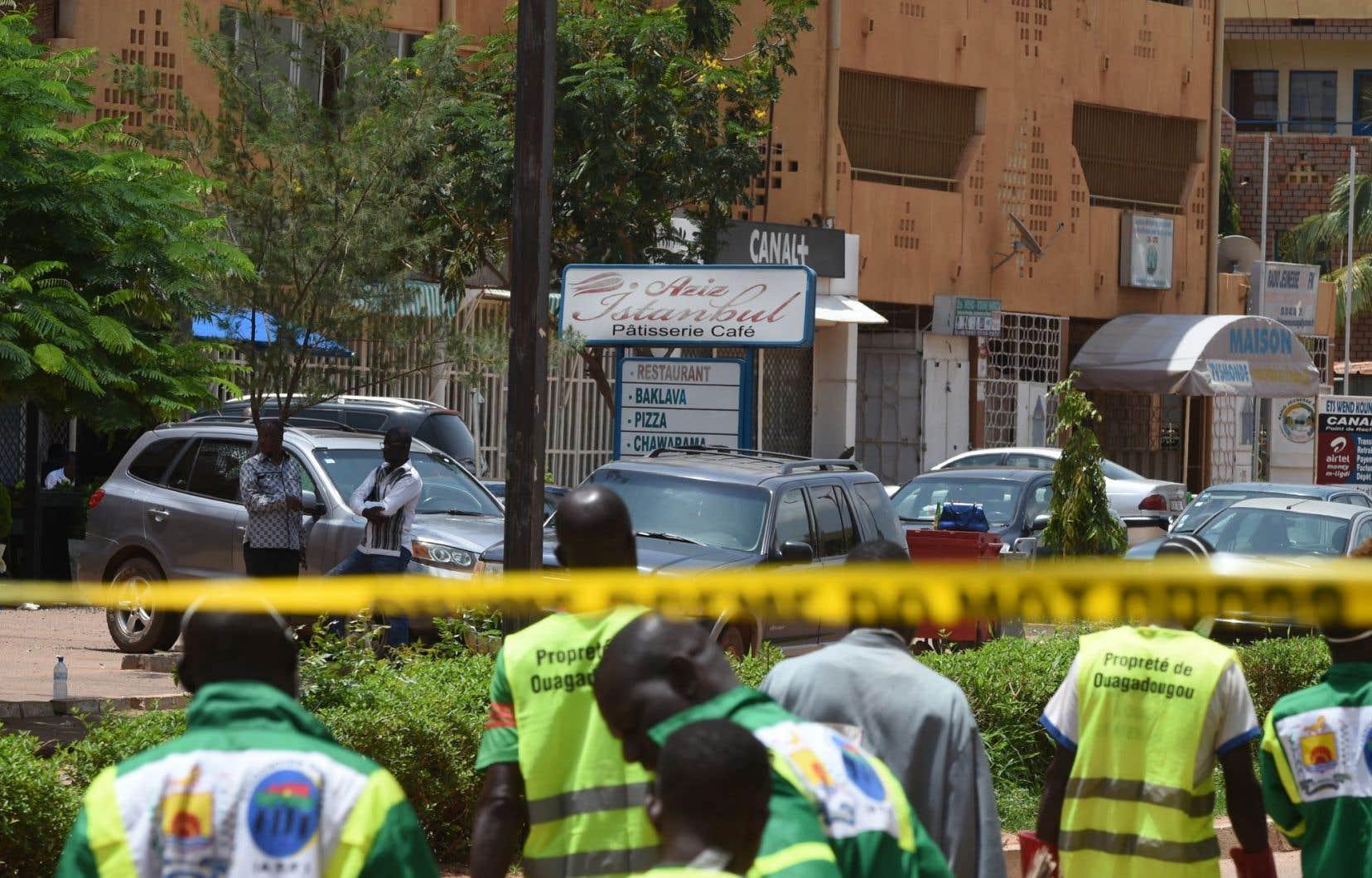 Une attaque a été menée dimanche soir contre un café-restaurant à Ouagadougou, faisant au moins 18 morts et une dizaine de blessés.