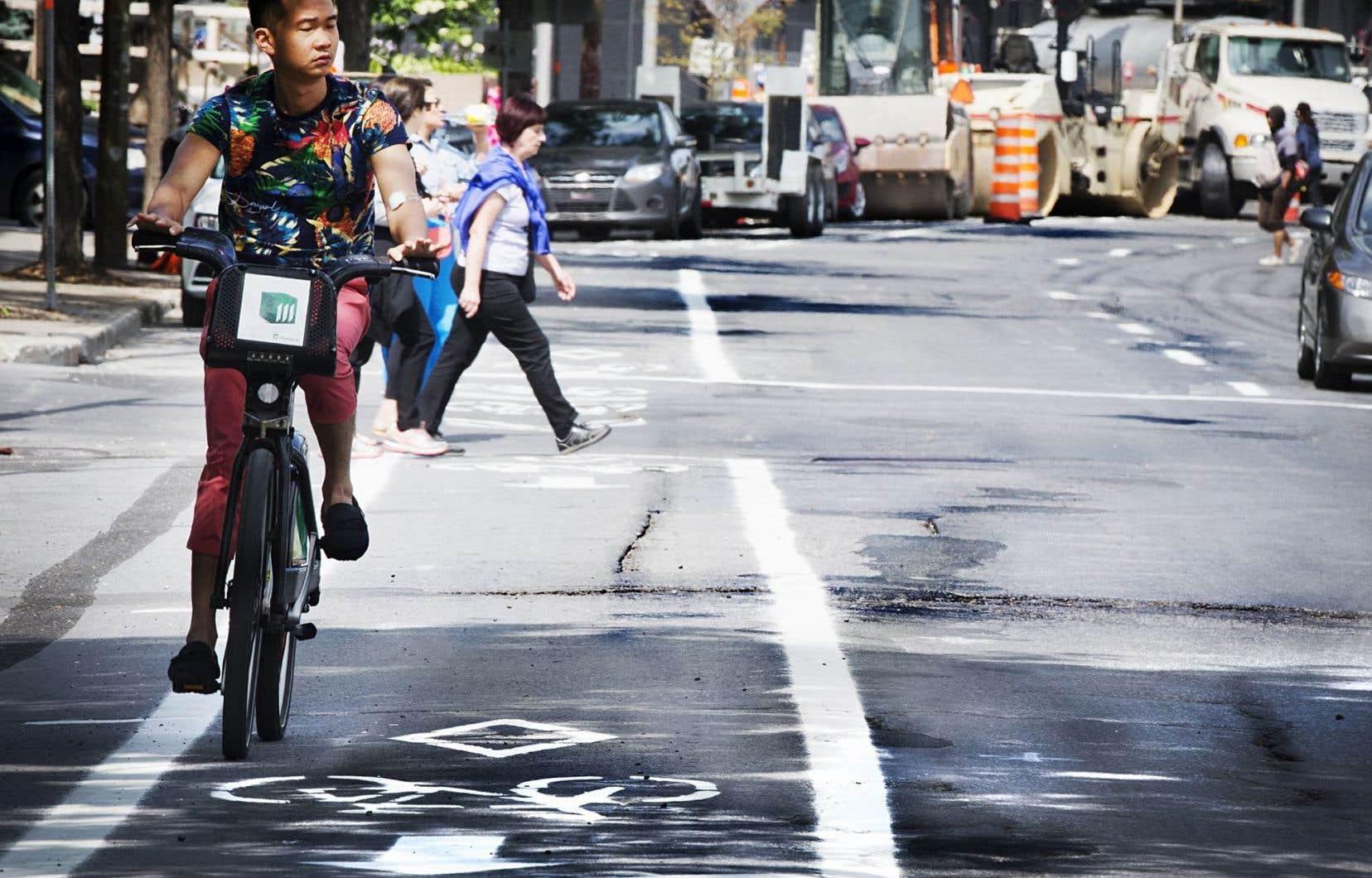 Condition Routiere Quebec >> Les Cyclistes Victimes Du Mauvais Etat Des Routes Le Devoir