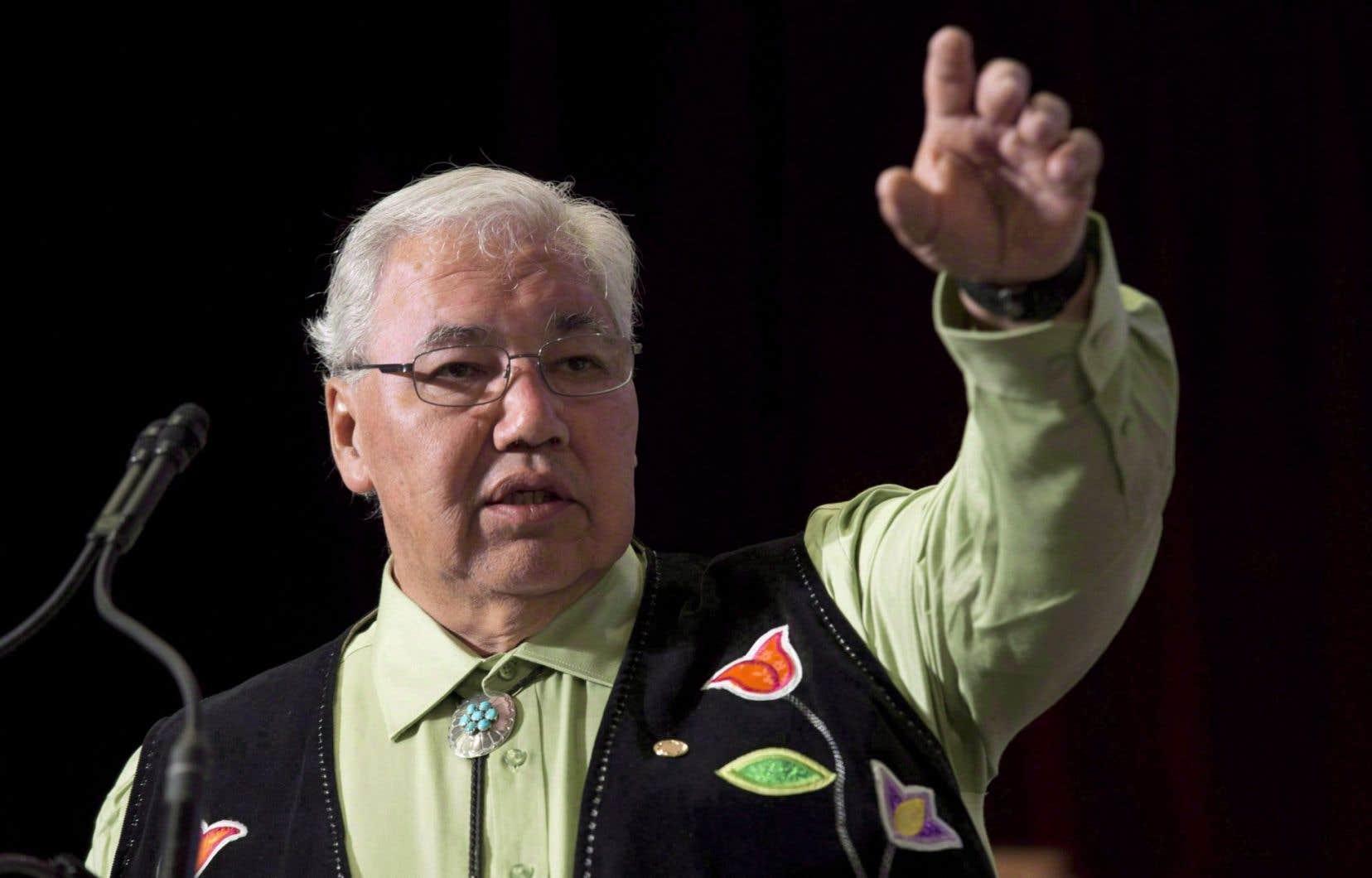 Le sénateur Murray Sinclair croit que le débat sur le déboulonnage de l'ex-premier ministre conservateur John A. Macdonald ne crée que colère et division au pays.