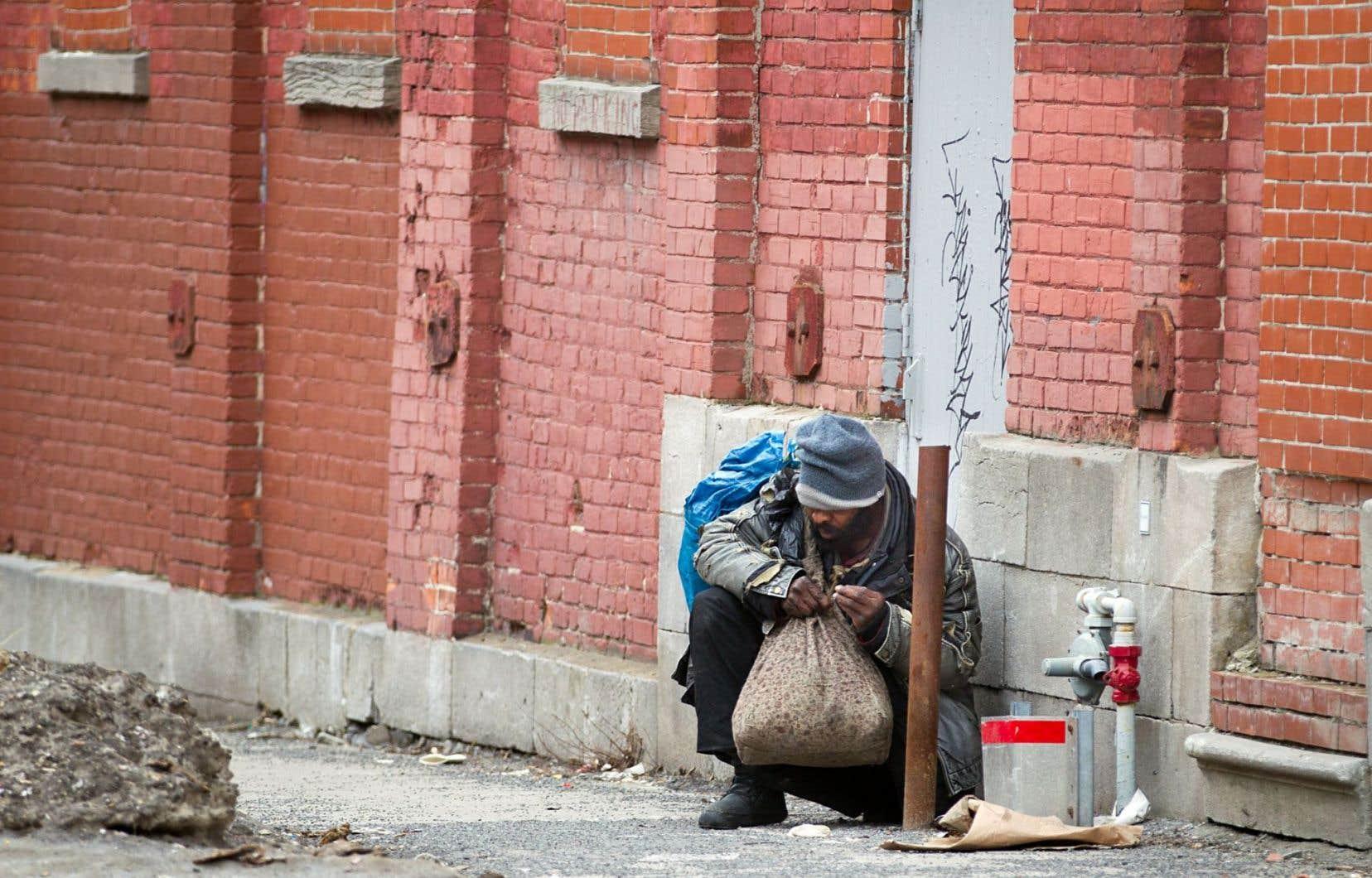 Le RGPAQ est déçu de ne pas trouver dans la nouvelle politique éducative des mesures pour lutter contre la pauvreté, regrette Caroline Meunier, responsable au développement des analyses et des stratégies du RGPAQ.