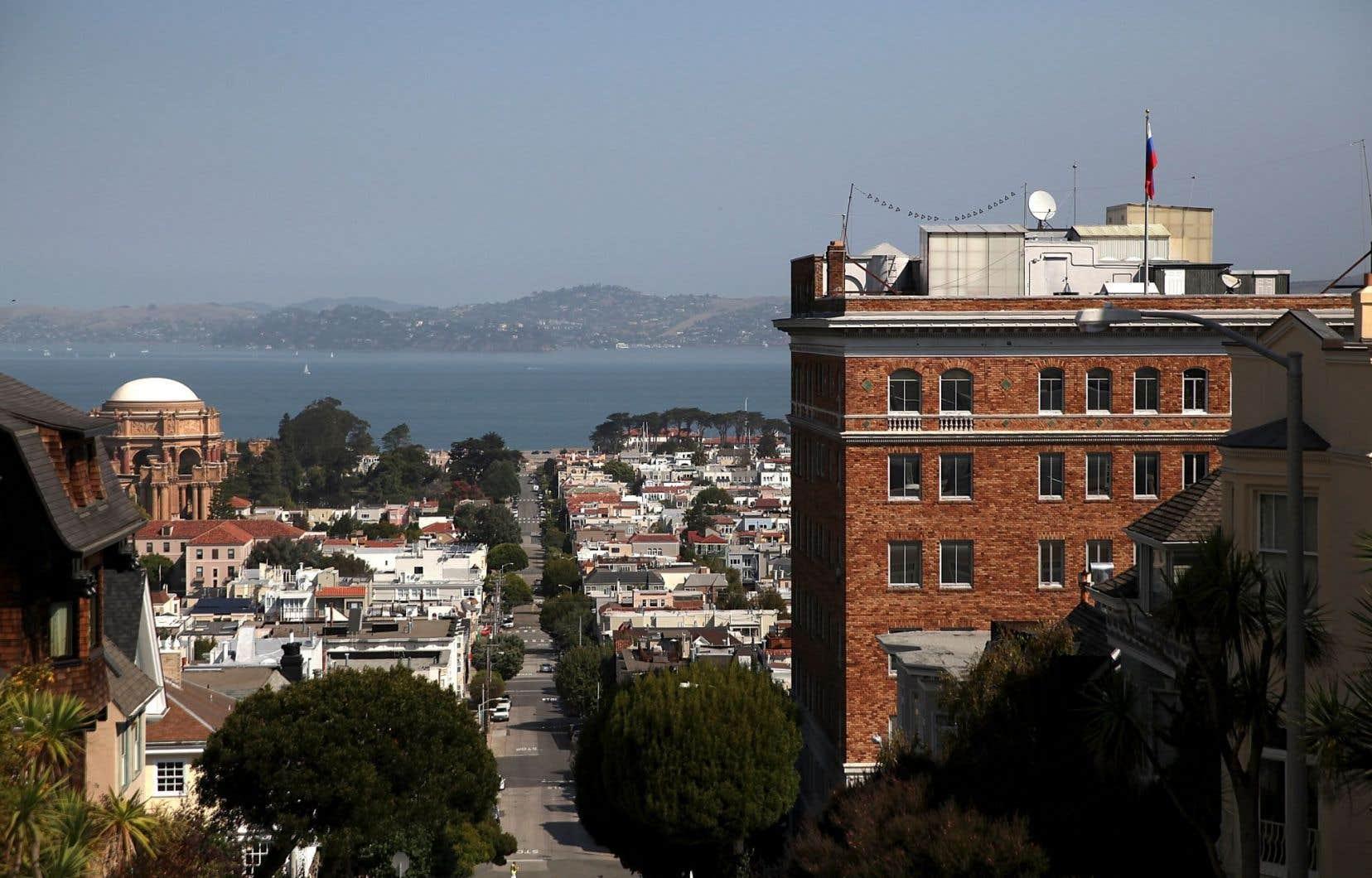 La Russie a très peu de temps, jusqu'à samedi, pour fermer son consulat général à San Francisco.