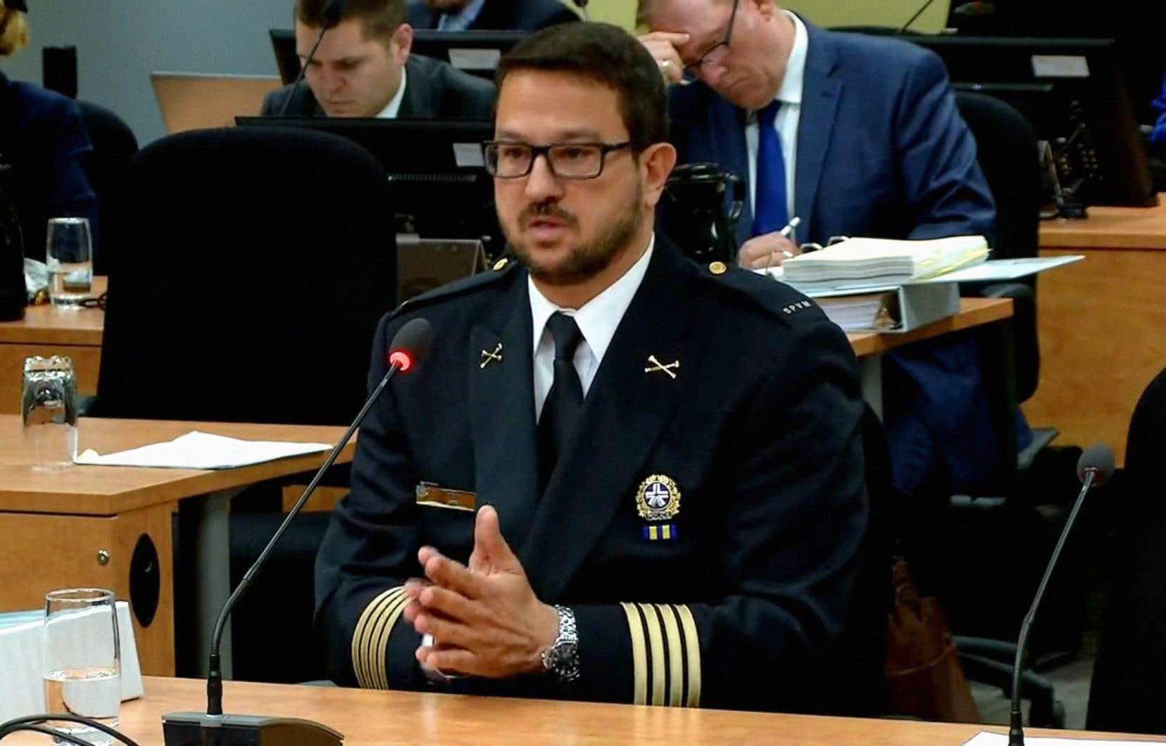 L'inspecteur-chef Costa Labos lors de son témoignage à la commission Chamberland, en mai dernier