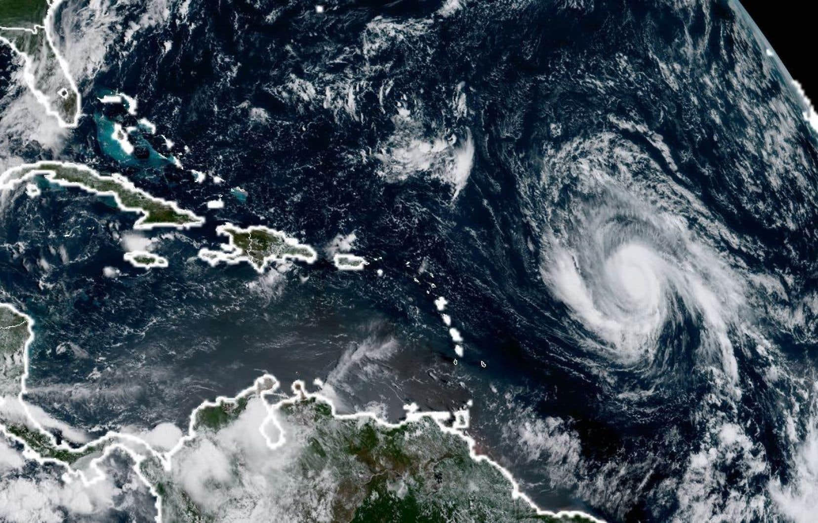 «Irma» pourrait éventuellement virer vers le nord, en direction de Porto Rico et des îles Vierges américaines.