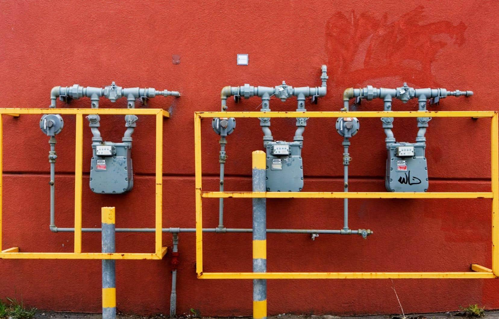 Le gouvernement Couillard fait la promotion et finance l'utilisation du gaz naturel.