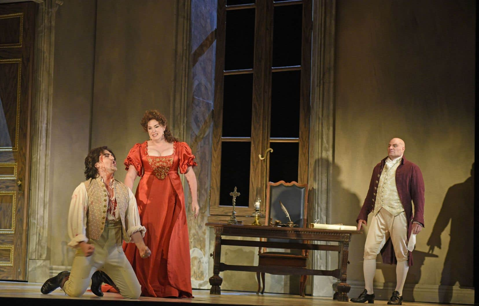 Giancarlo Monsalve (Cavaradossi), Melody Moore (Tosca) et Gregory Dahl (Scarpia) dans «Tosca»