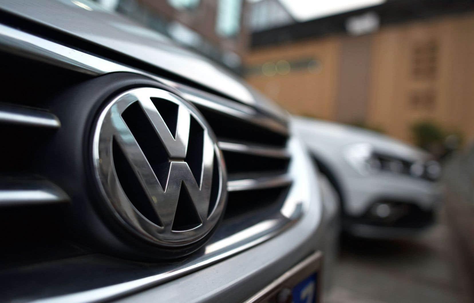 Le gouvernement de l'Ontario a déposé une accusation contre Volkswagen, faisant valoir que la compagnie n'a pas respecté les normes ontariennes d'émission.