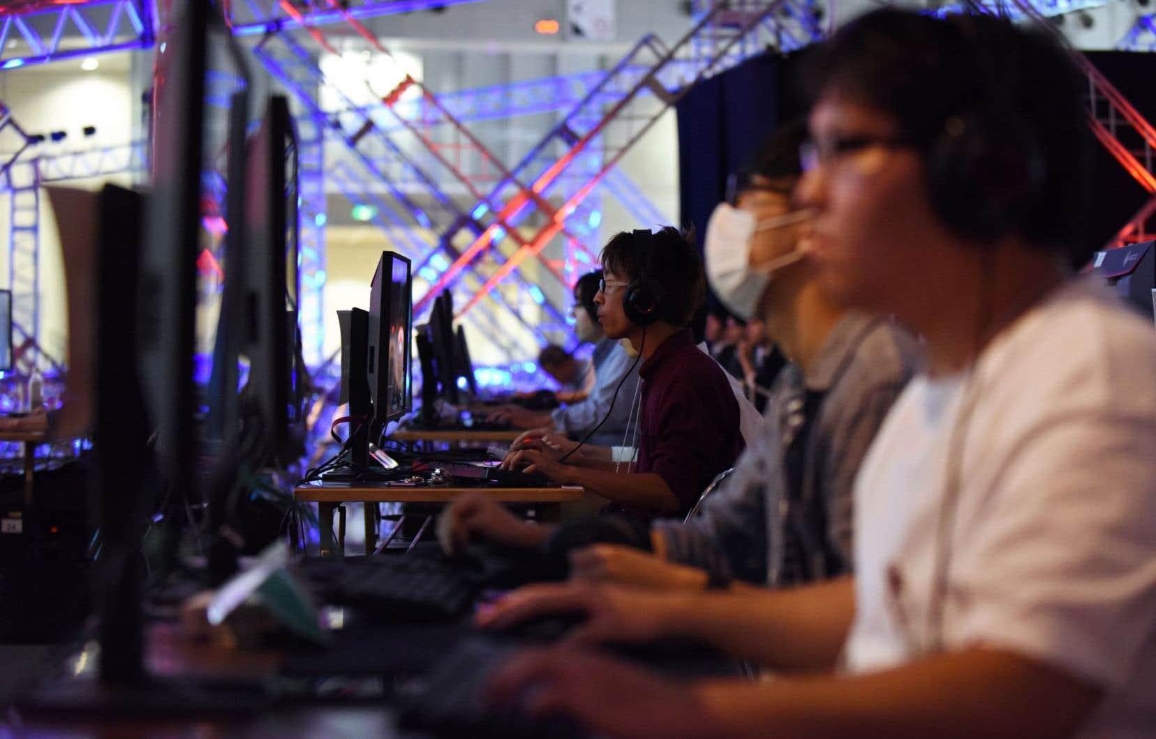 Certains joueurs japonais vont pouvoir se frotter aux meilleurs du monde lors du Tokyo Game Show, le plus grand salon du jeu vidéo en Asie.