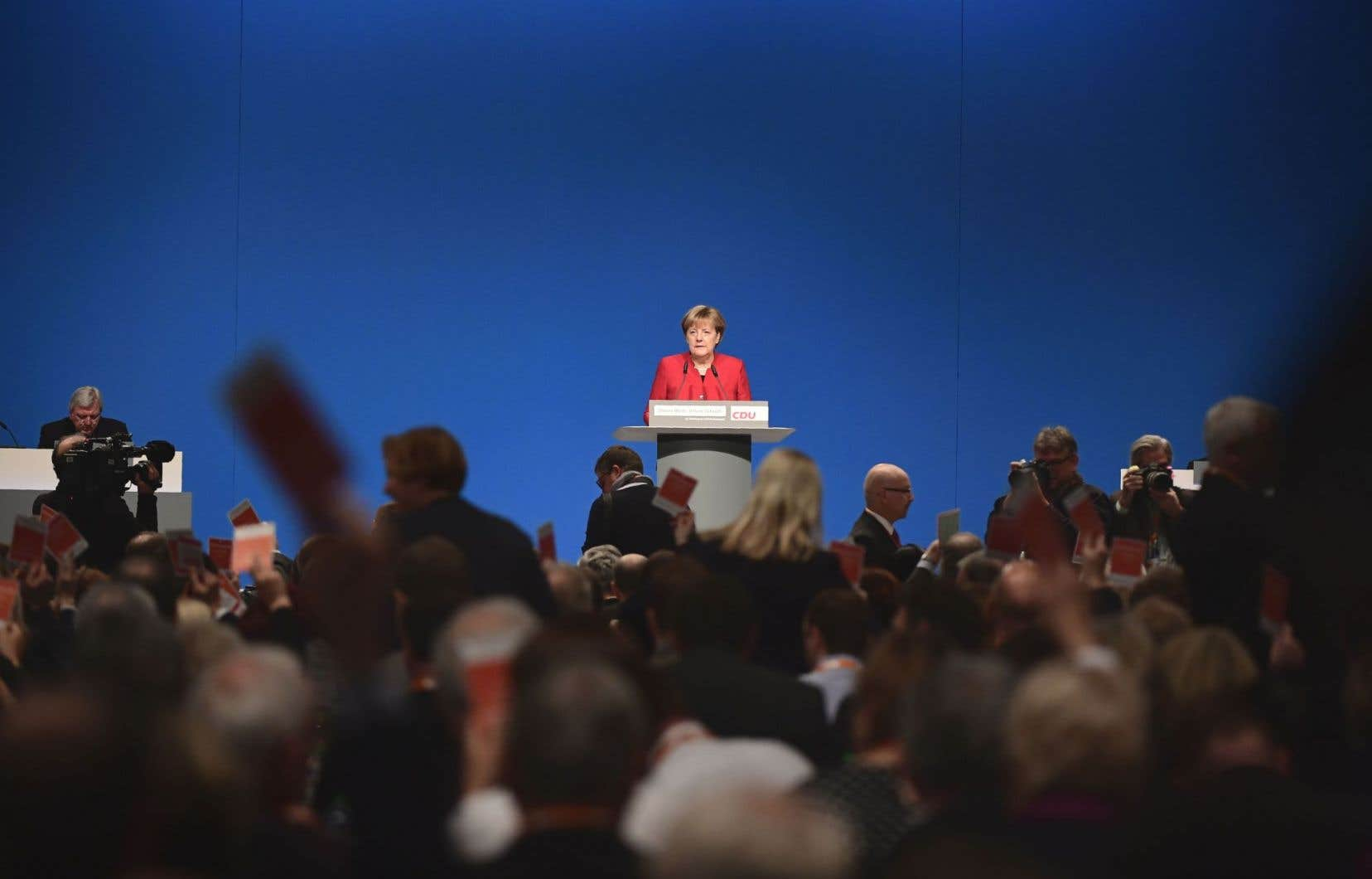 Depuis des mois, les sondages donnent gagnante Angela Merkel avec une confortable avance devant son adversaire social-démocrate, Martin Schulz.
