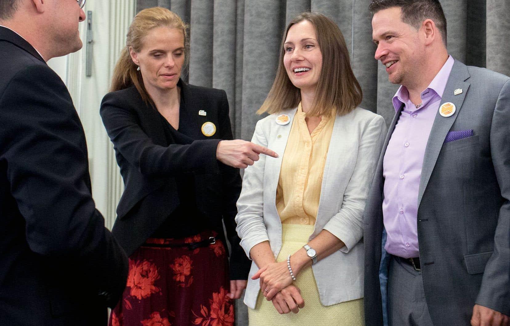Le parti dirigé par Justine McIntyre (deuxième à droite) ne présentera des candidats que dans quatre arrondissements: Lachine, LÎle-Bizard-Sainte-Geneviève, Pierrefonds-Roxboro et Ville-Marie.
